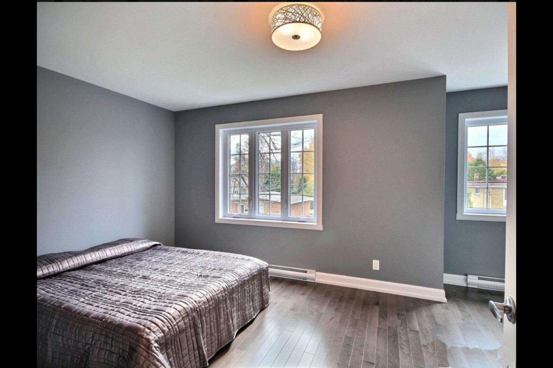 image 5 - House For sale Granby - 7 rooms