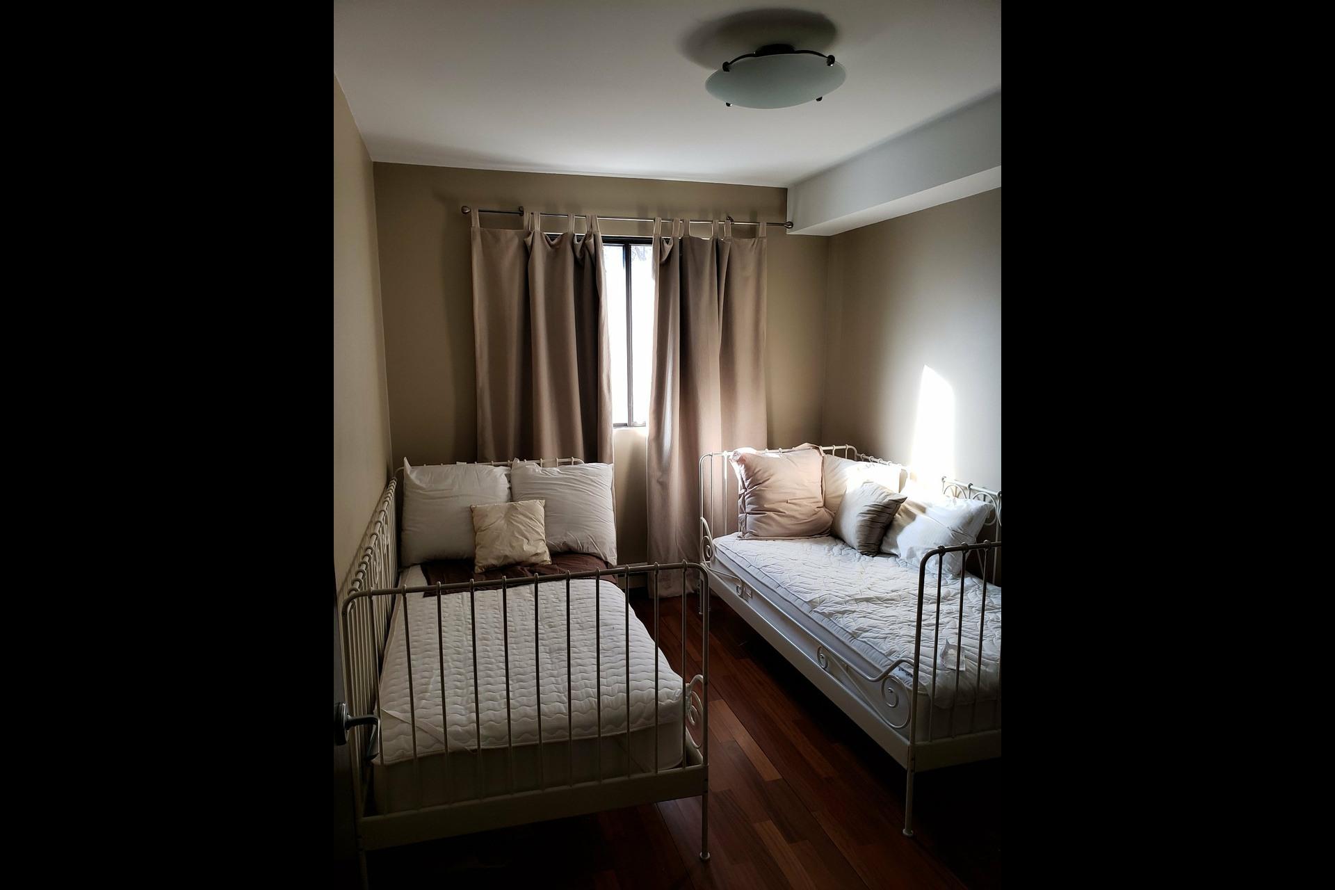 image 12 - Appartement À louer Montréal Ville-Marie  - 6 pièces