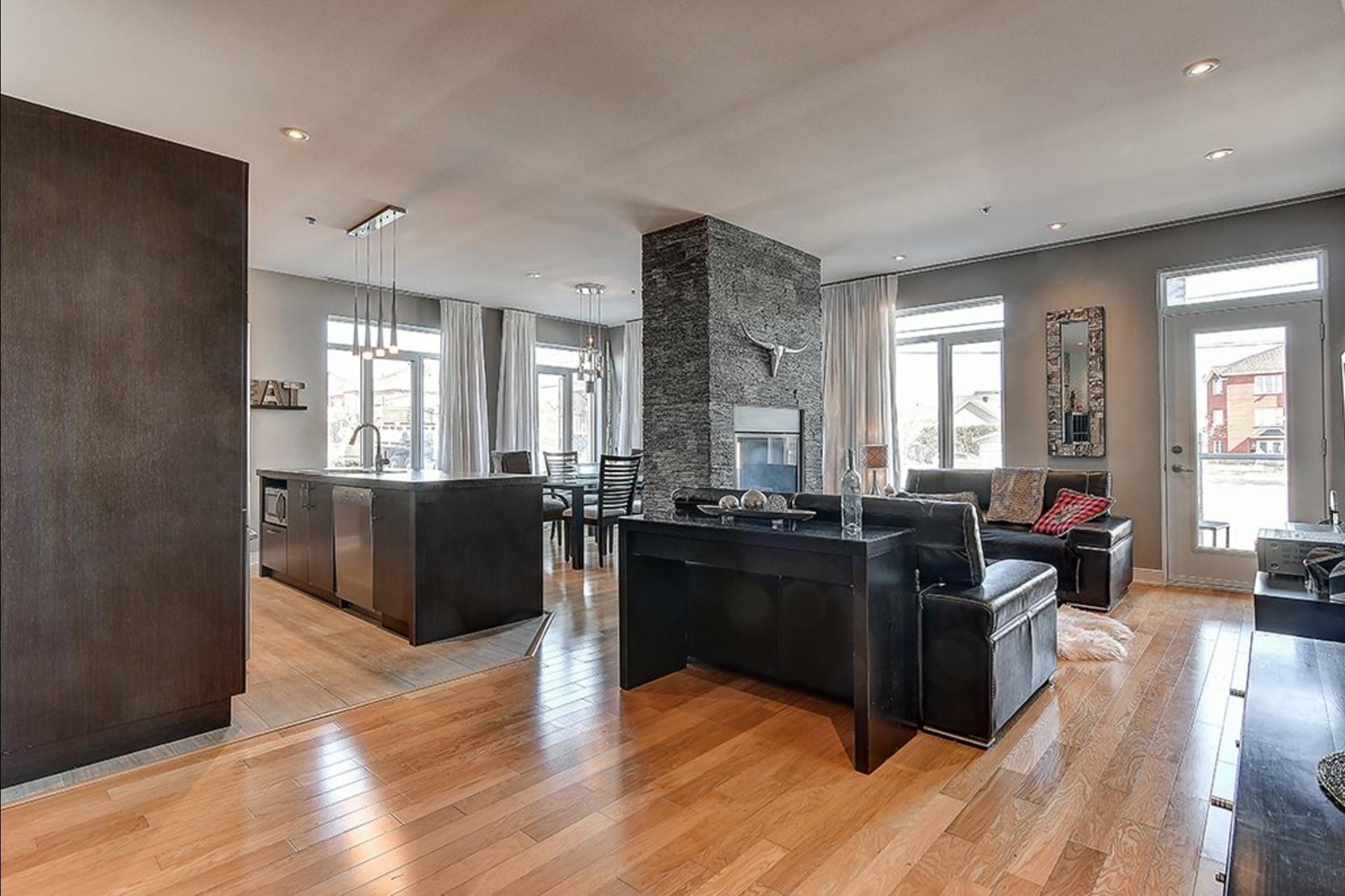 image 3 - 公寓 出售 Candiac - 8 室