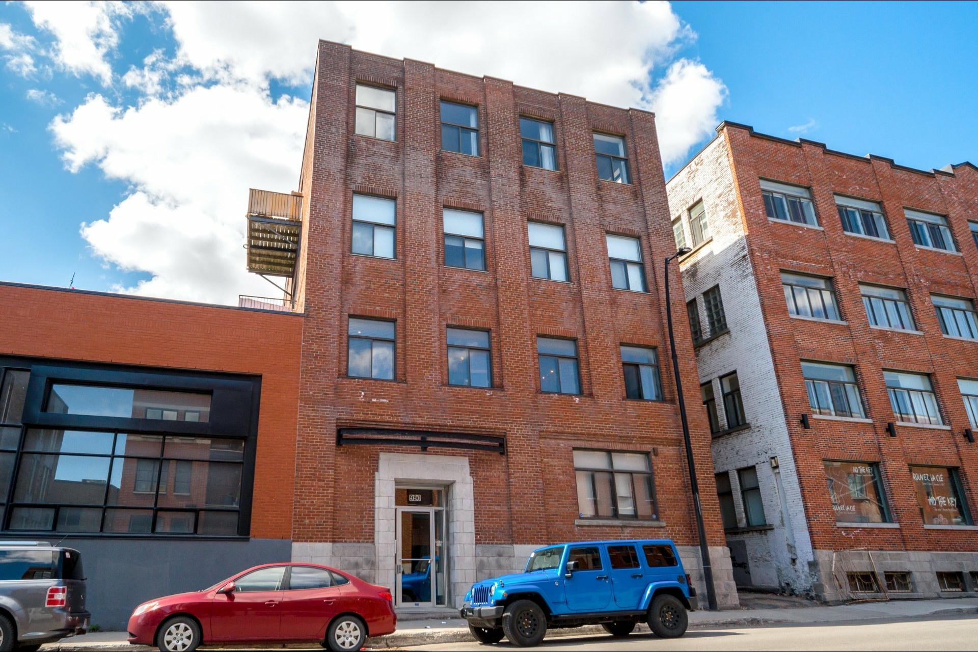 image 0 - Appartement À vendre Montréal Ville-Marie  - 8 pièces