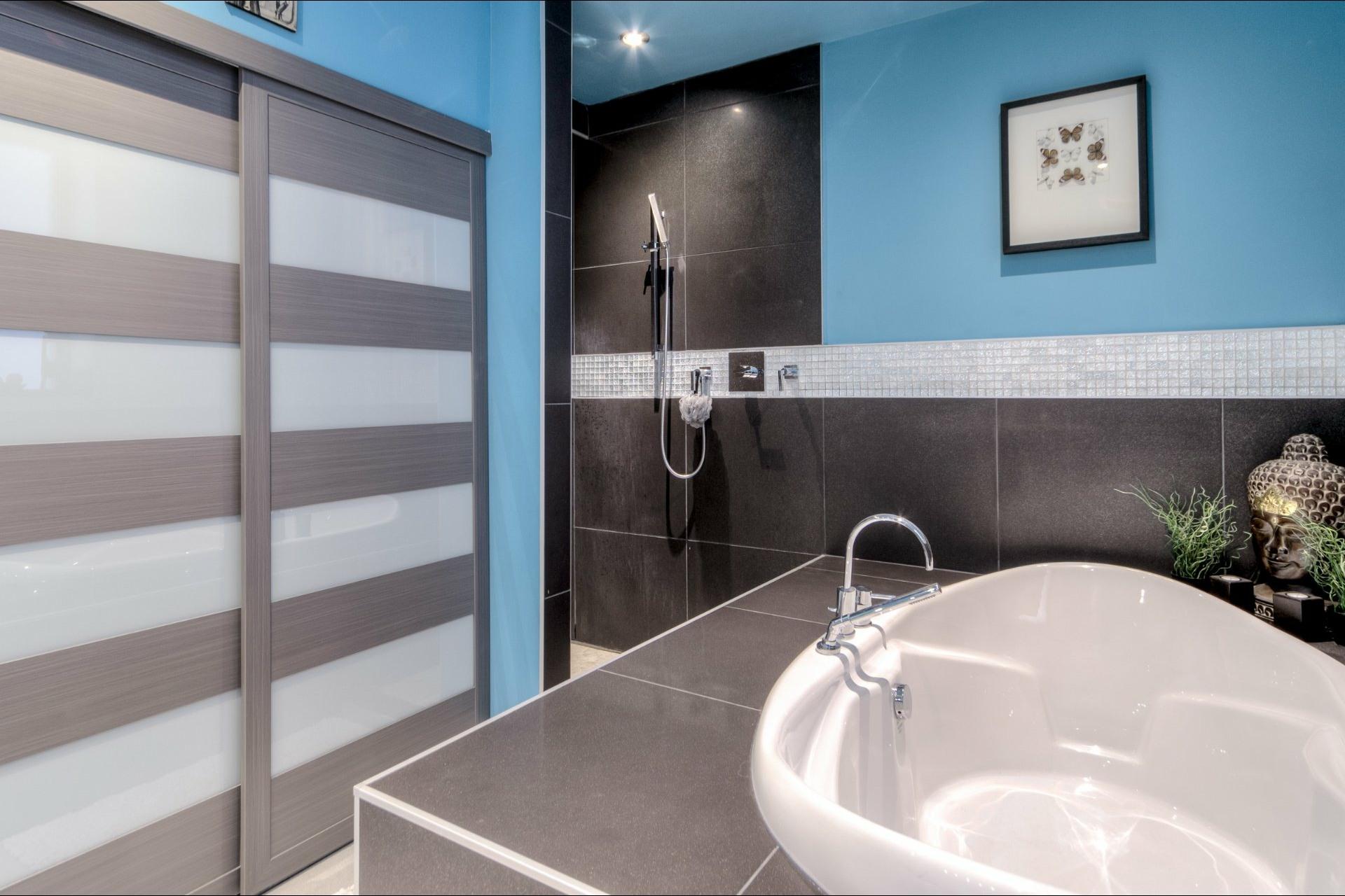 image 18 - Appartement À vendre Montréal Ville-Marie  - 8 pièces