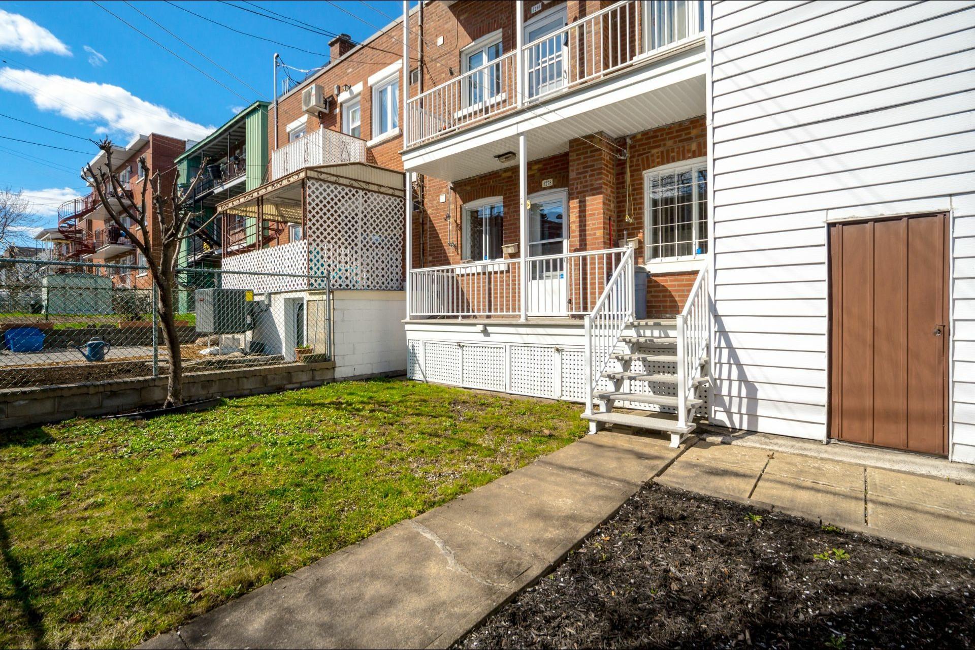image 16 - Duplex À vendre Montréal Rosemont/La Petite-Patrie  - 5 pièces