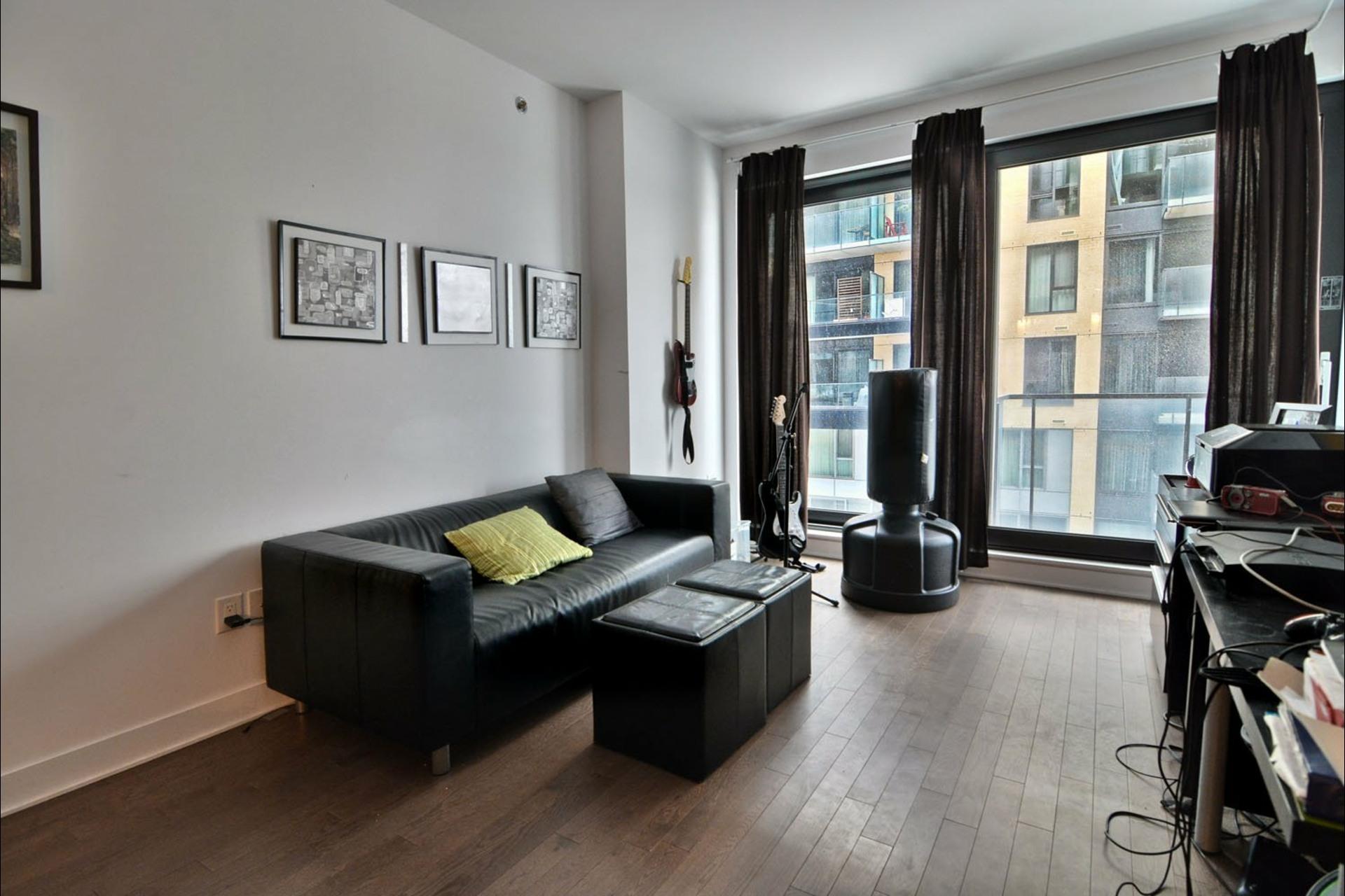 image 8 - Apartment For sale Montréal Le Sud-Ouest  - 8 rooms
