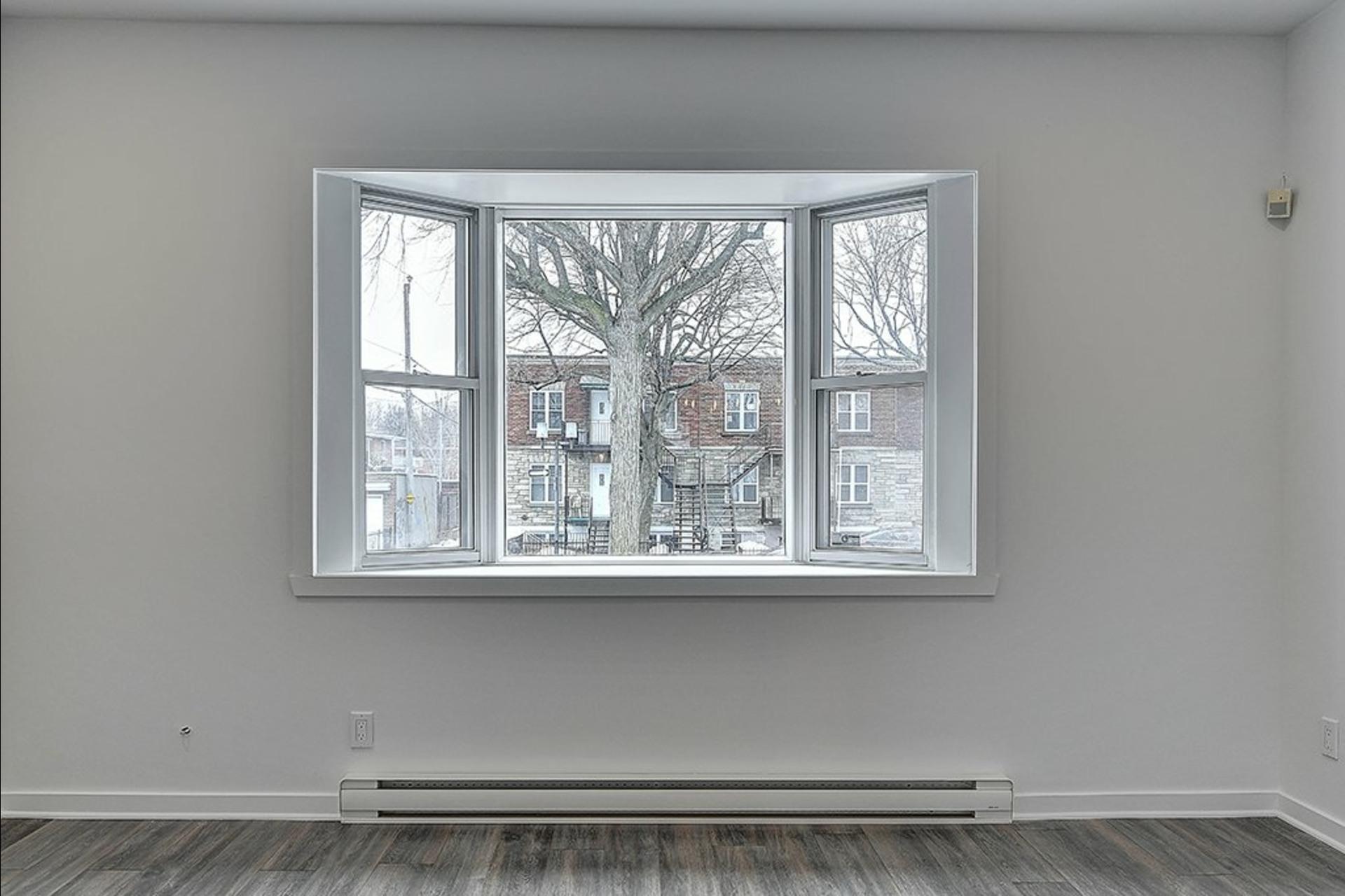 image 10 - Maison À vendre Montréal Le Sud-Ouest  - 11 pièces