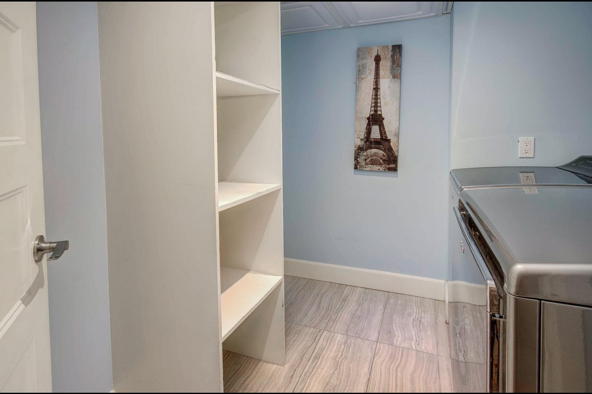 image 25 - Maison À vendre Châteauguay - 12 pièces