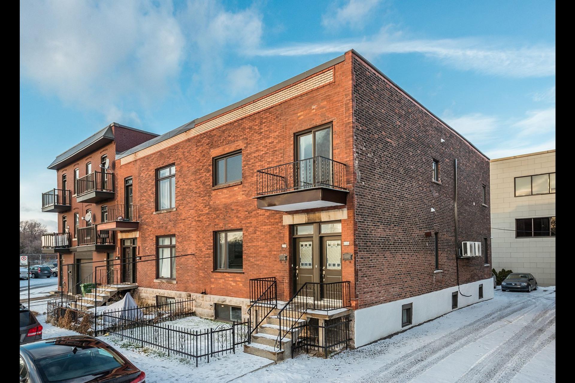 image 33 - Apartment For sale Montréal Côte-des-Neiges/Notre-Dame-de-Grâce  - 7 rooms