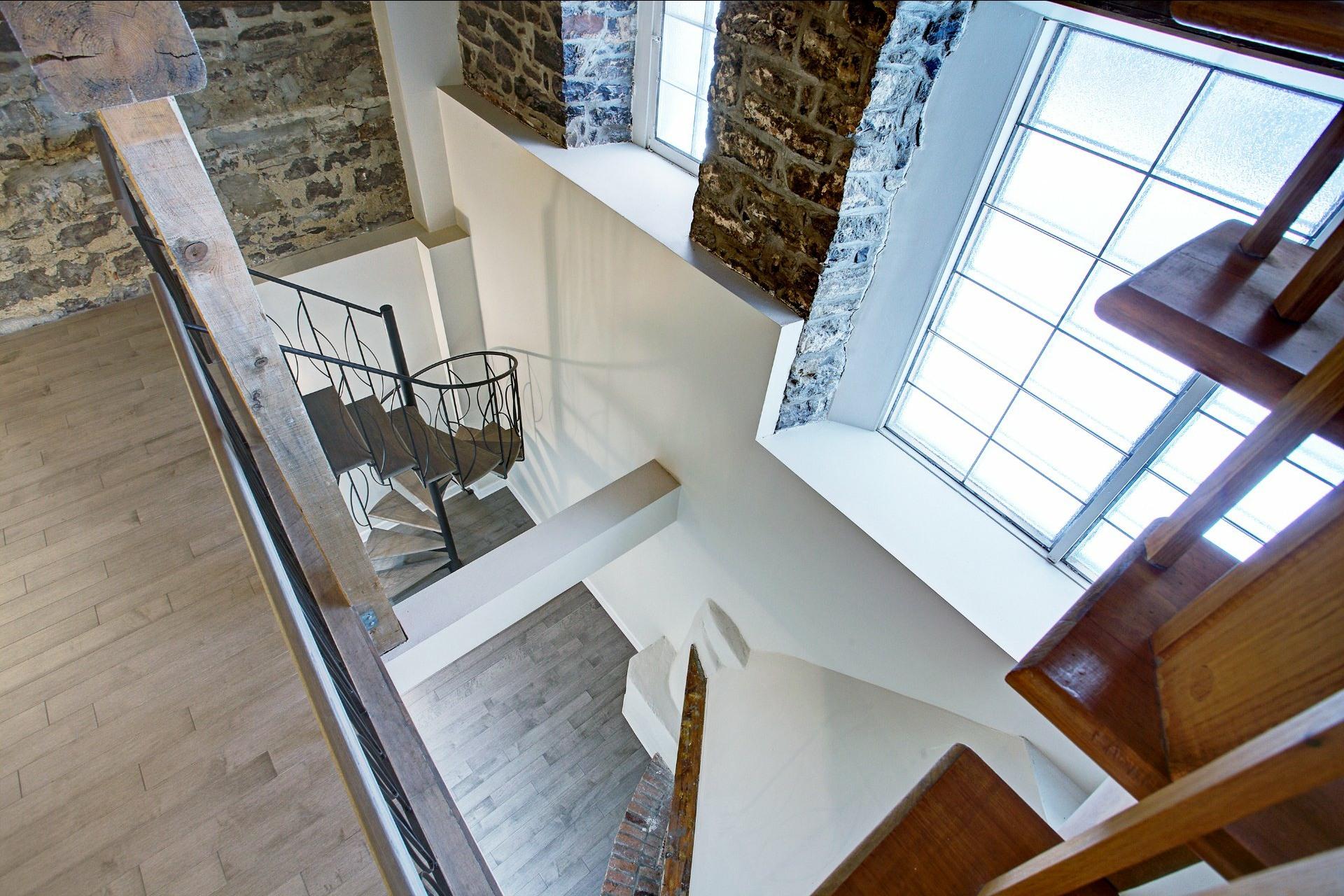 image 19 - Appartement À louer Montréal Ville-Marie  - 6 pièces