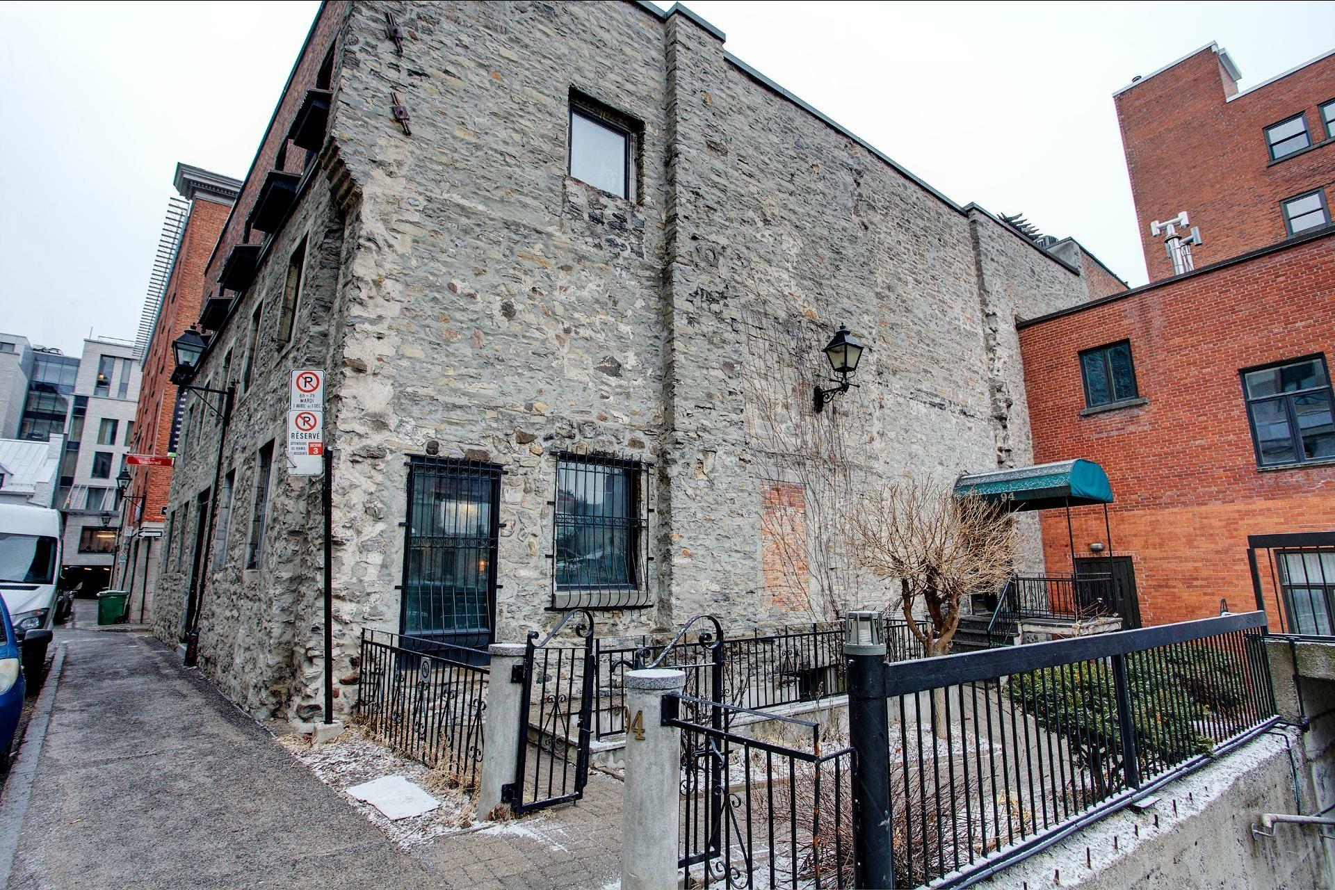image 30 - Appartement À louer Montréal Ville-Marie  - 6 pièces