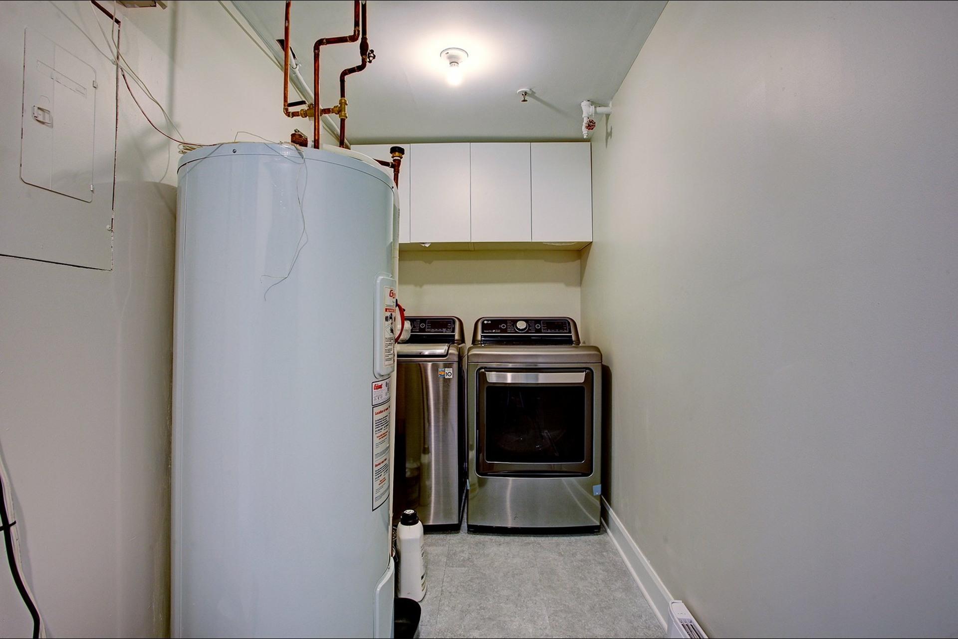 image 29 - Appartement À louer Montréal Ville-Marie  - 6 pièces