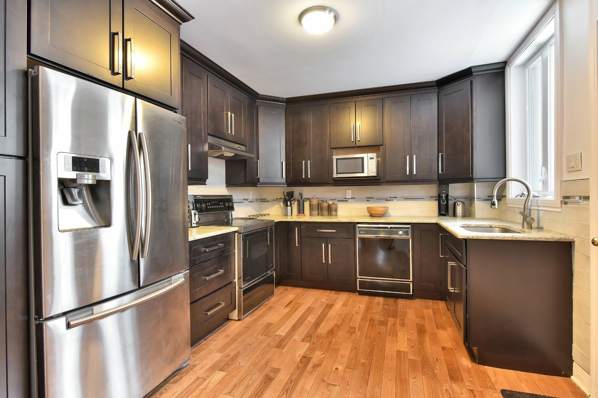 image 12 - Apartment For sale Montréal Côte-des-Neiges/Notre-Dame-de-Grâce  - 7 rooms