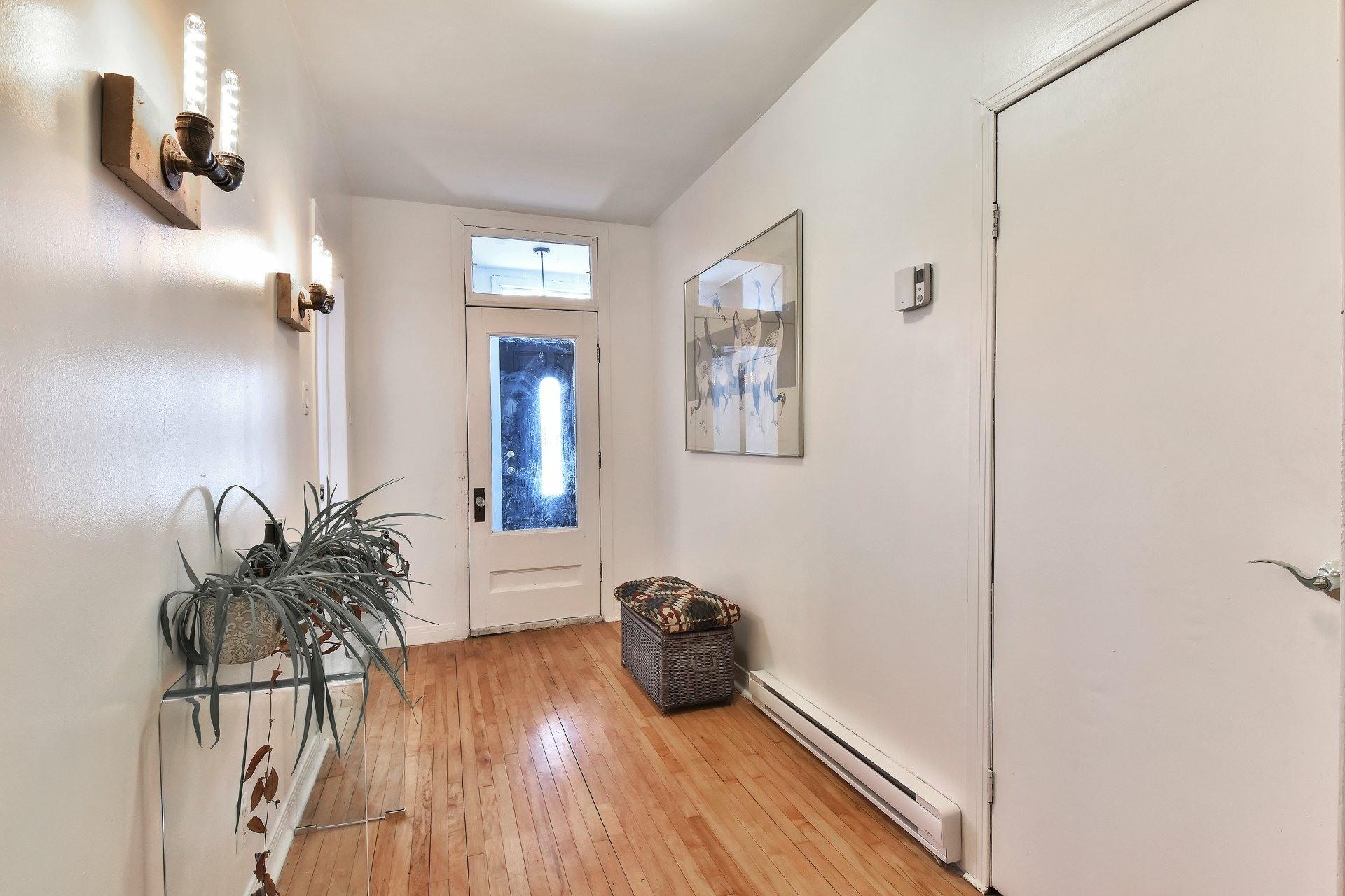 image 3 - Apartment For sale Montréal Côte-des-Neiges/Notre-Dame-de-Grâce  - 7 rooms