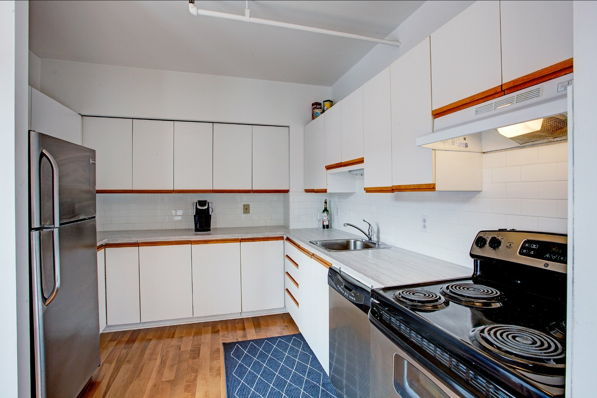 Apartment For Sale Montreal Ville Marie 4 Rooms