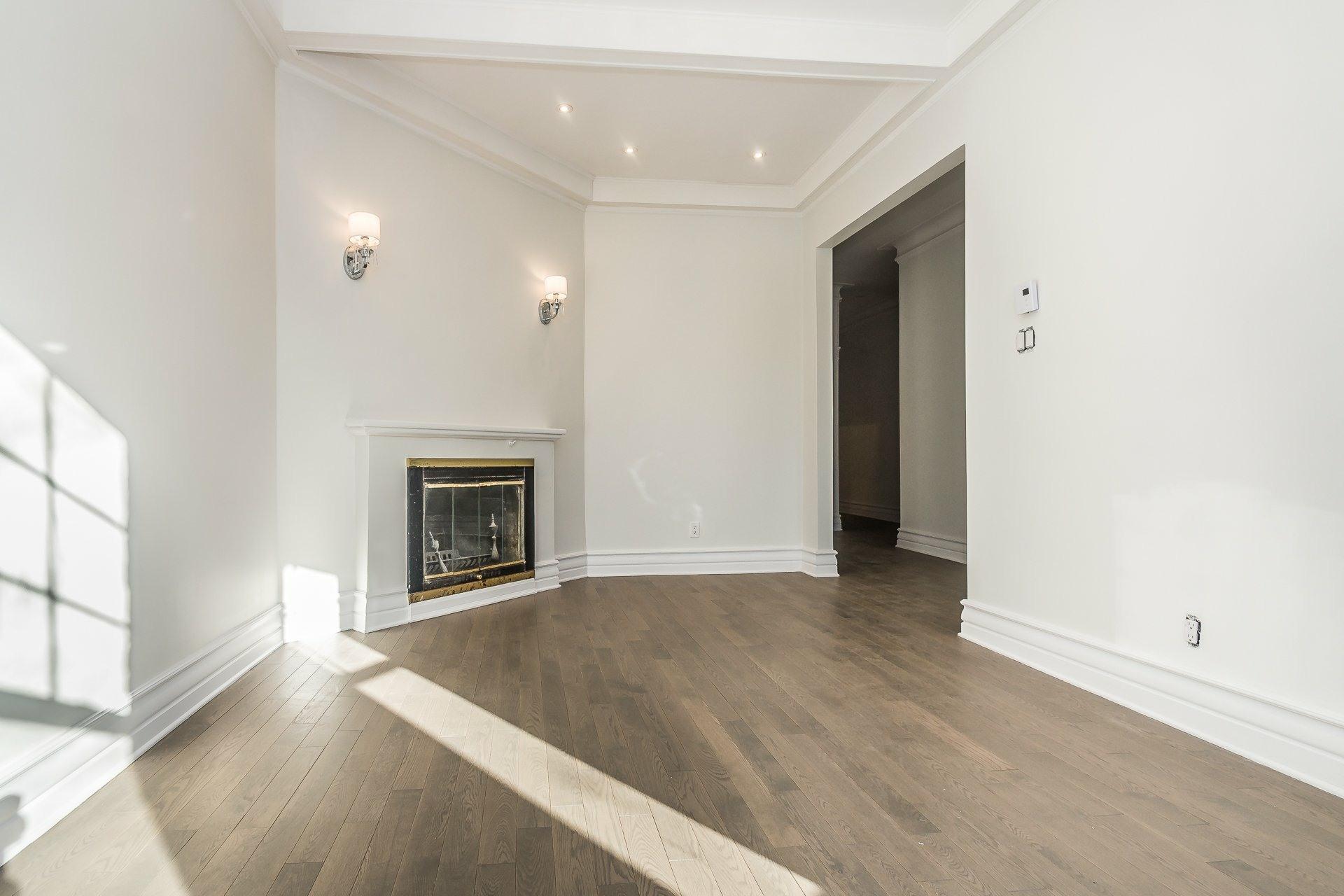 image 4 - Appartement À vendre Montréal Côte-des-Neiges/Notre-Dame-de-Grâce  - 9 pièces