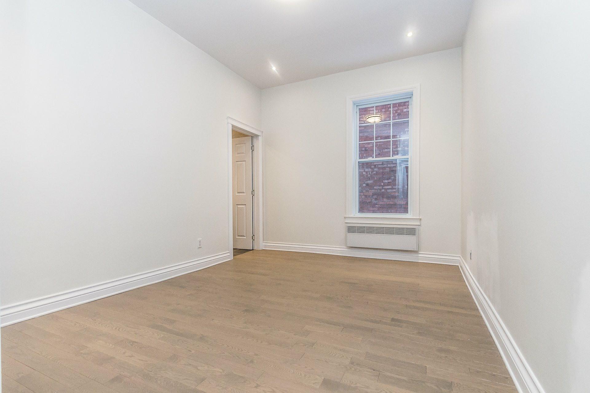 image 12 - Appartement À vendre Montréal Côte-des-Neiges/Notre-Dame-de-Grâce  - 9 pièces