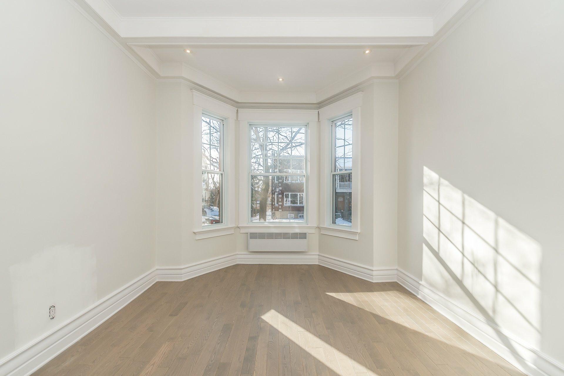 image 3 - Appartement À vendre Montréal Côte-des-Neiges/Notre-Dame-de-Grâce  - 9 pièces