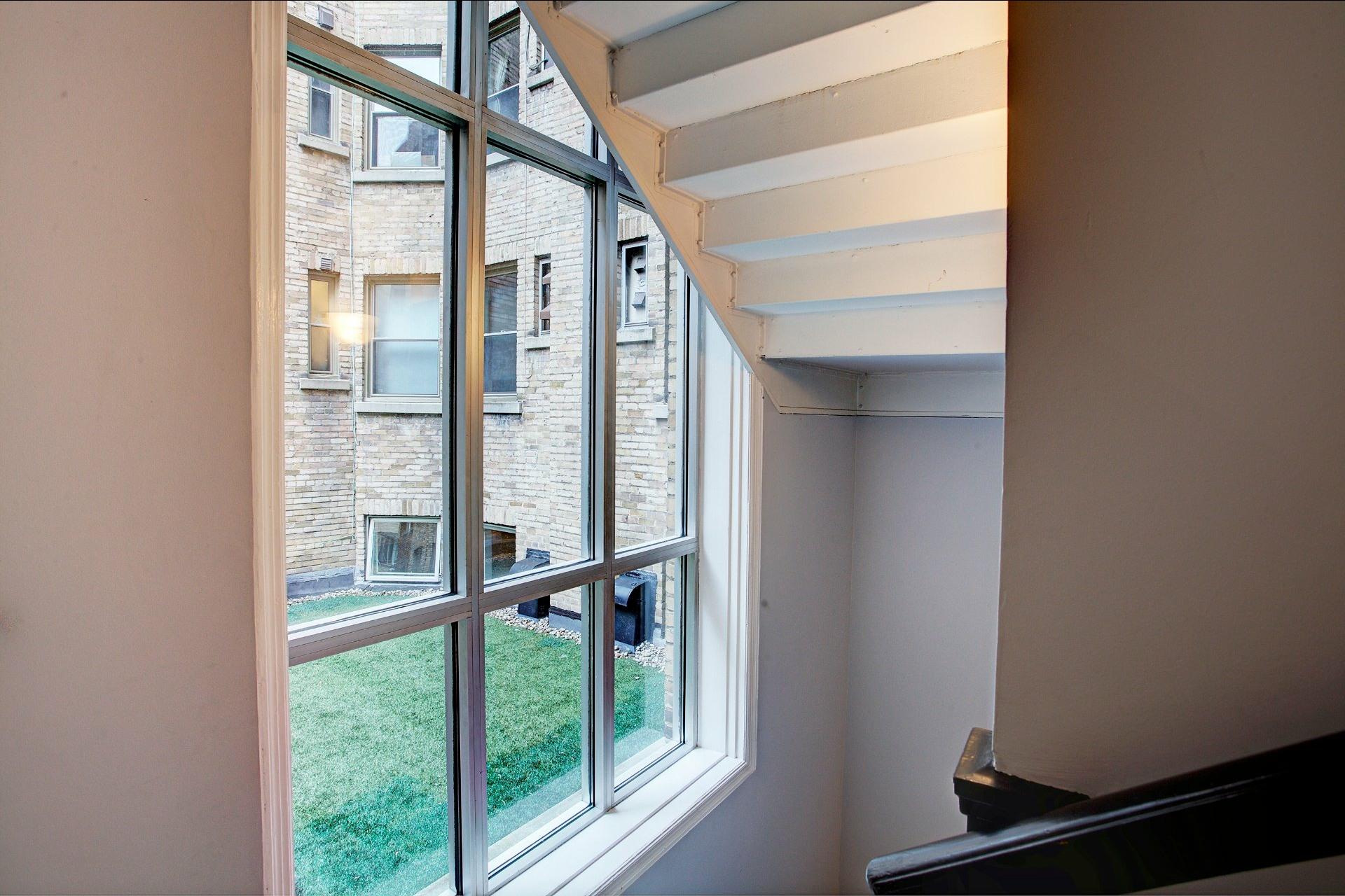 image 2 - Appartement À louer Westmount - 3 pièces