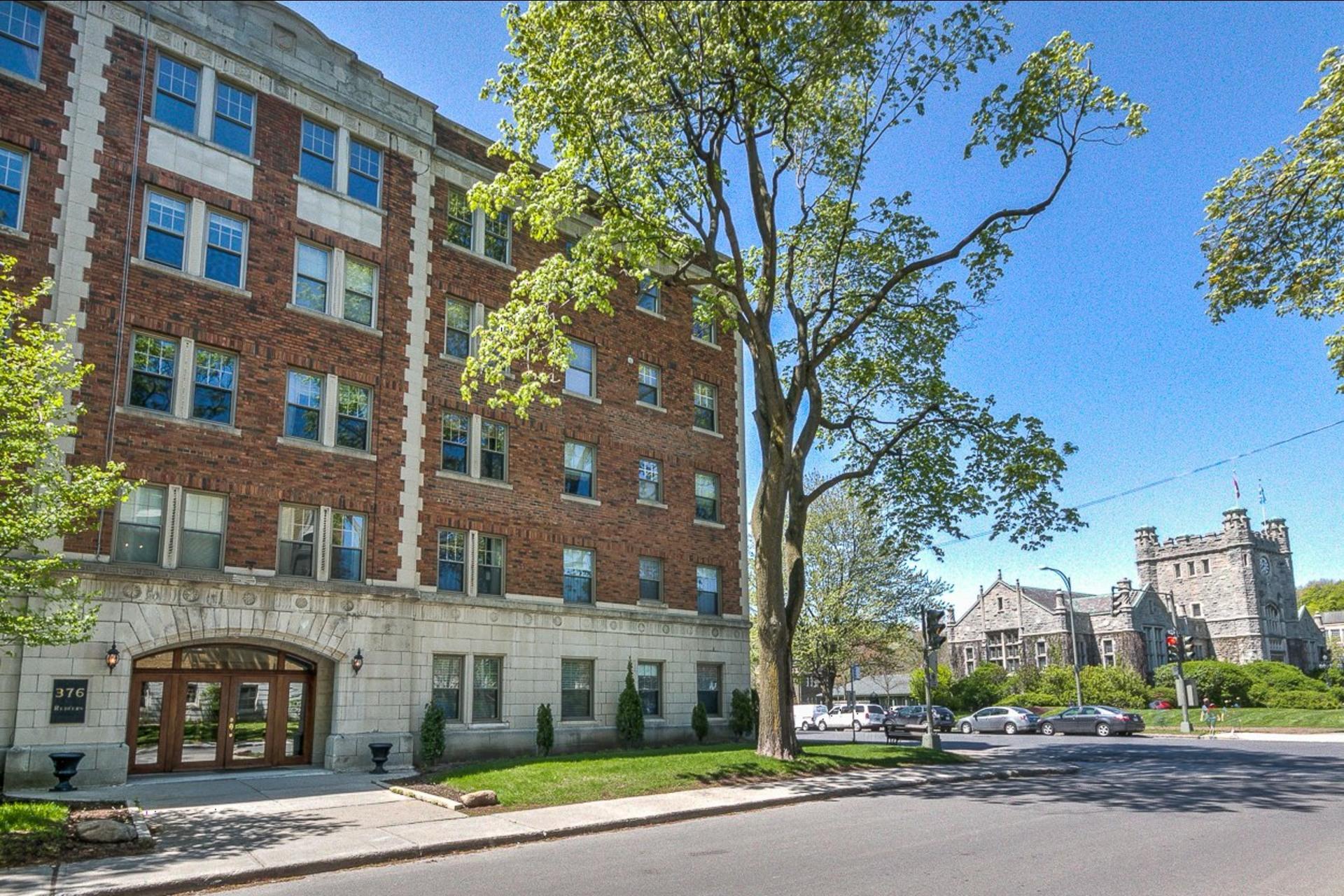 image 19 - Appartement À louer Westmount - 3 pièces