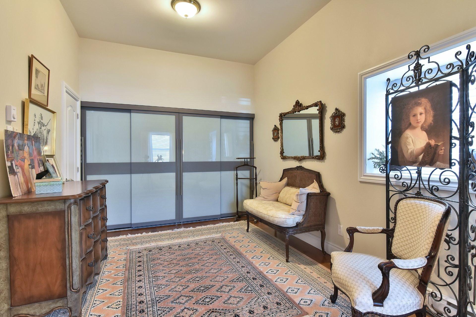 image 7 - Apartment For sale Montréal Côte-des-Neiges/Notre-Dame-de-Grâce  - 5 rooms