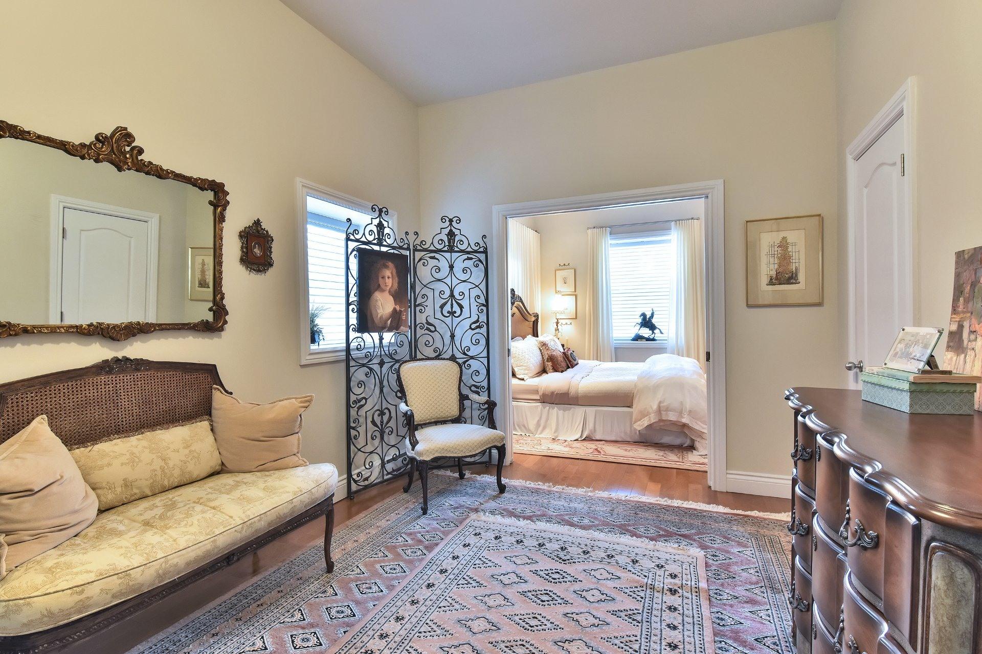 image 8 - Apartment For sale Montréal Côte-des-Neiges/Notre-Dame-de-Grâce  - 5 rooms