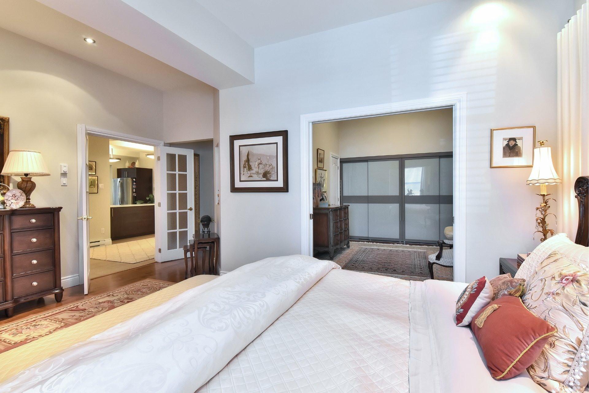 image 3 - Apartment For sale Côte-des-Neiges/Notre-Dame-de-Grâce Montréal  - 5 rooms