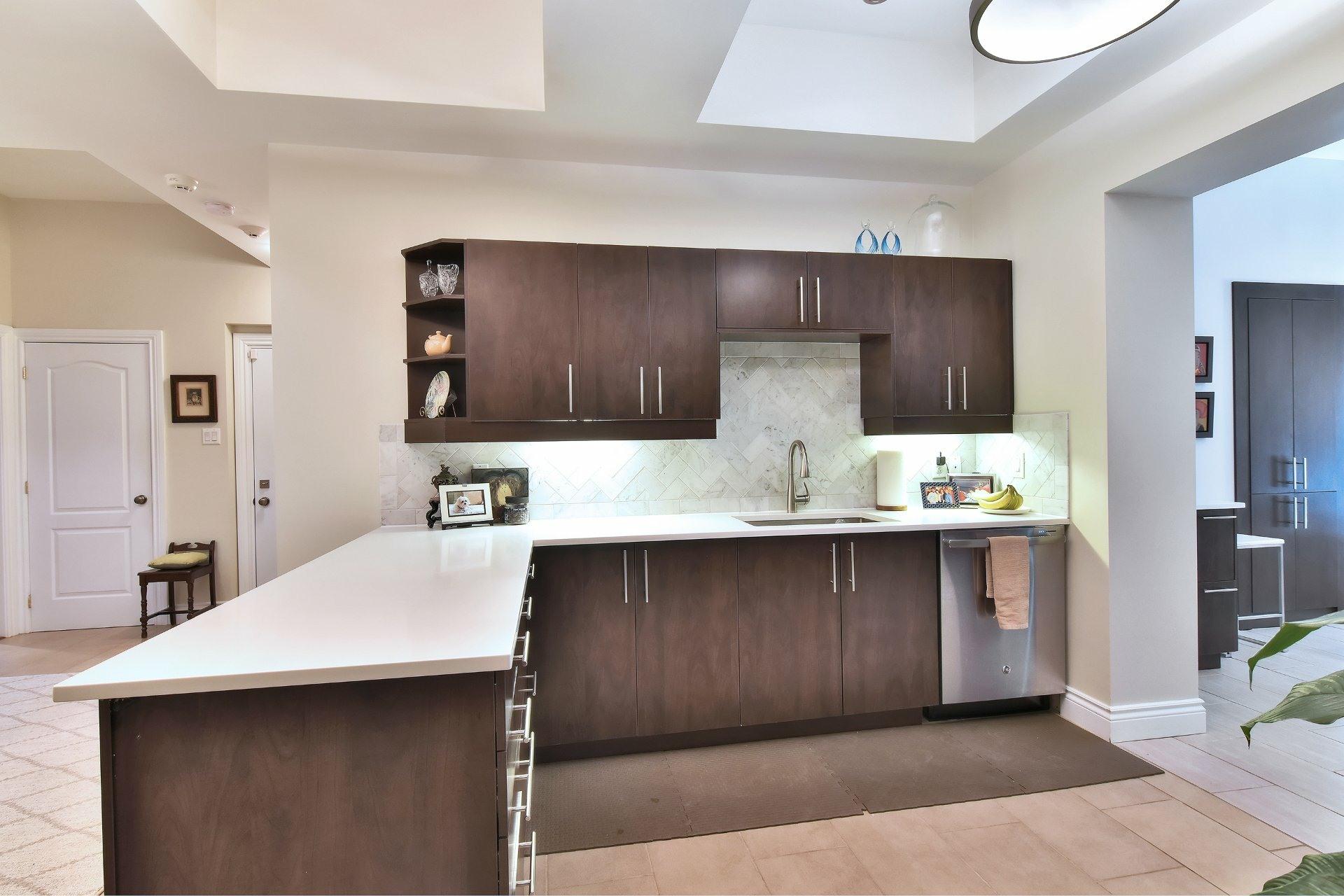 image 14 - Apartment For sale Montréal Côte-des-Neiges/Notre-Dame-de-Grâce  - 5 rooms