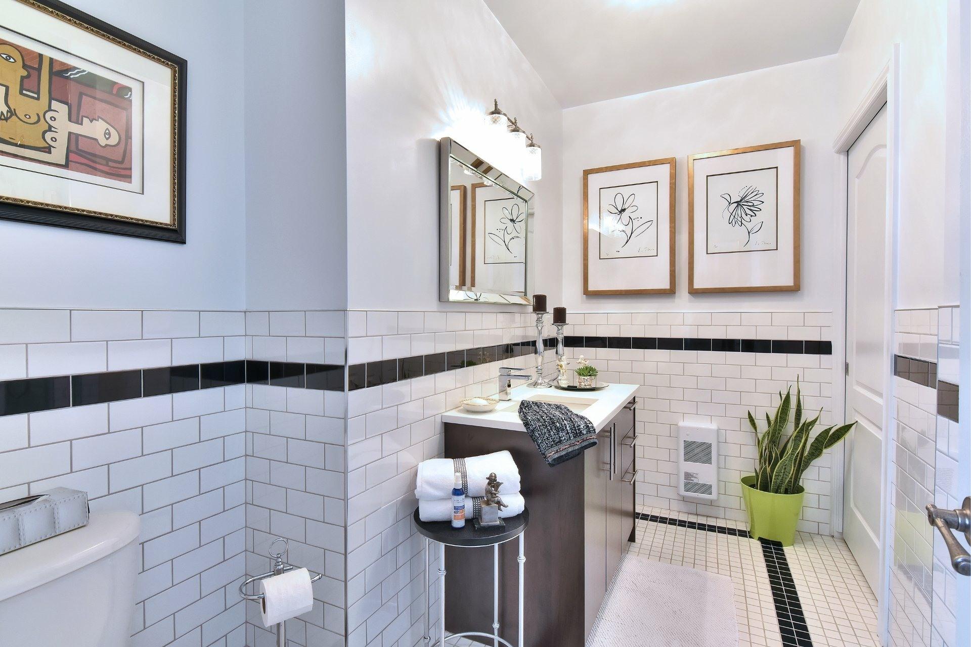 image 13 - Appartement À vendre Montréal Côte-des-Neiges/Notre-Dame-de-Grâce  - 5 pièces
