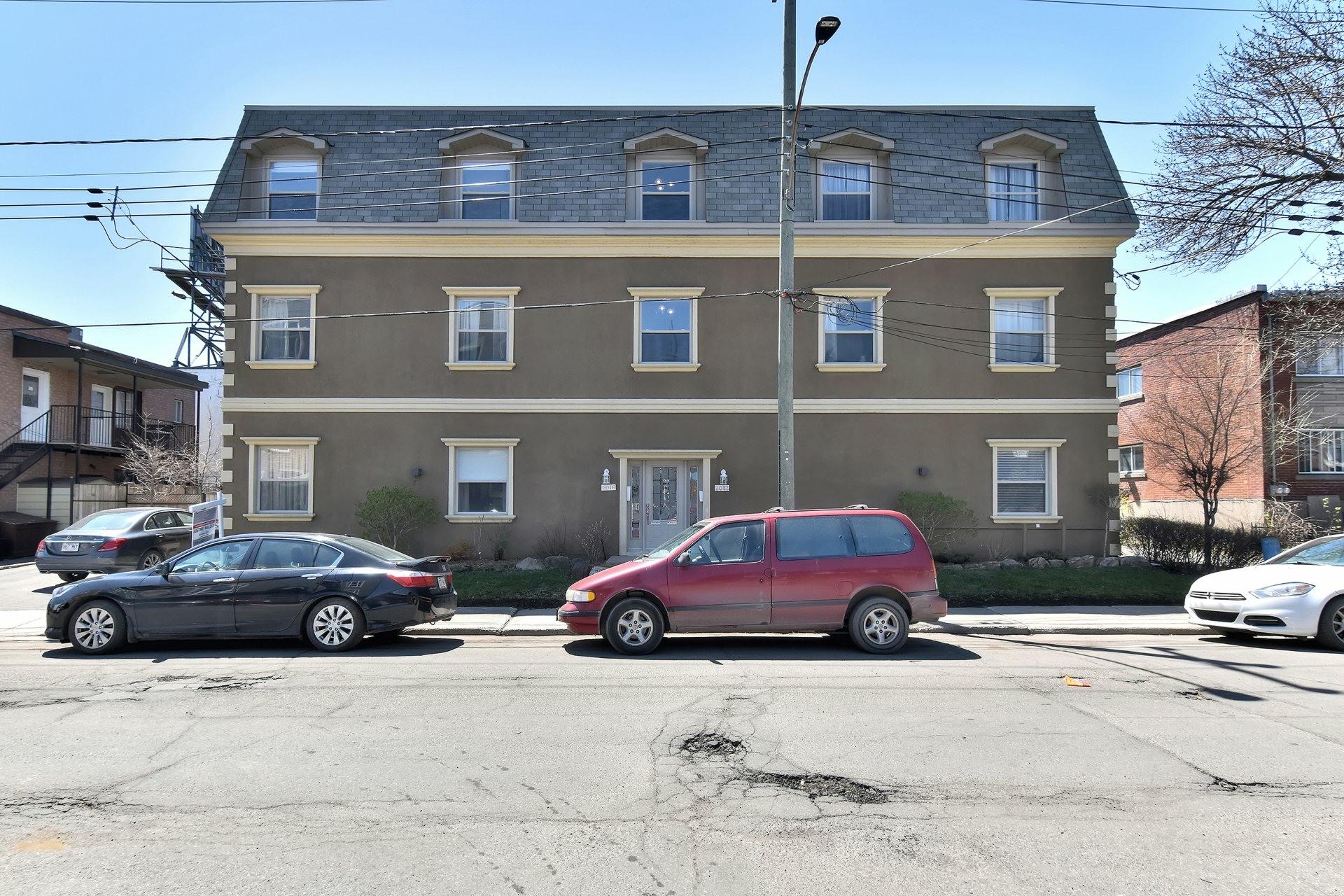 image 19 - Apartment For sale Montréal Côte-des-Neiges/Notre-Dame-de-Grâce  - 5 rooms