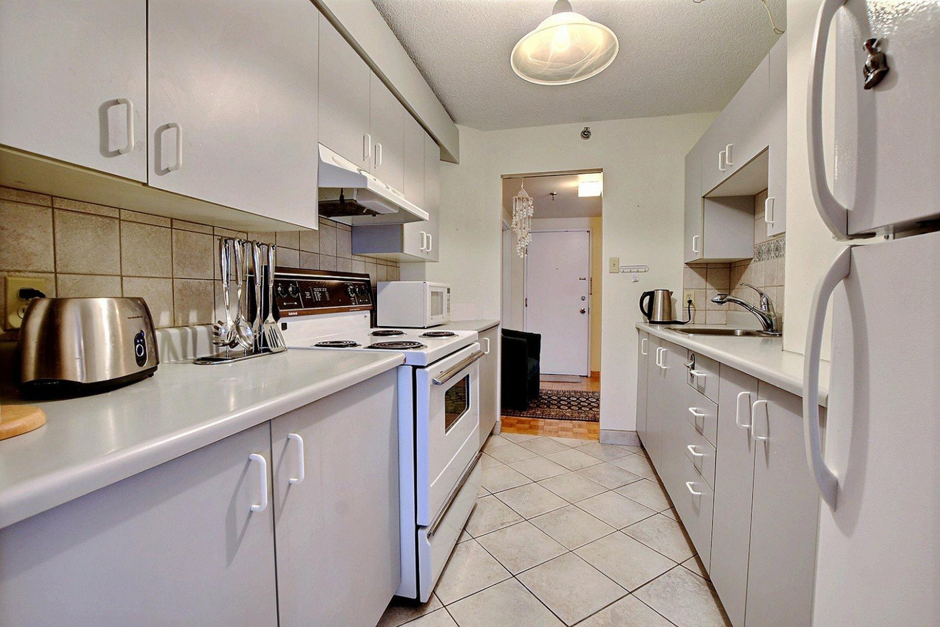 image 11 - Appartement À vendre Montréal Ville-Marie  - 3 pièces