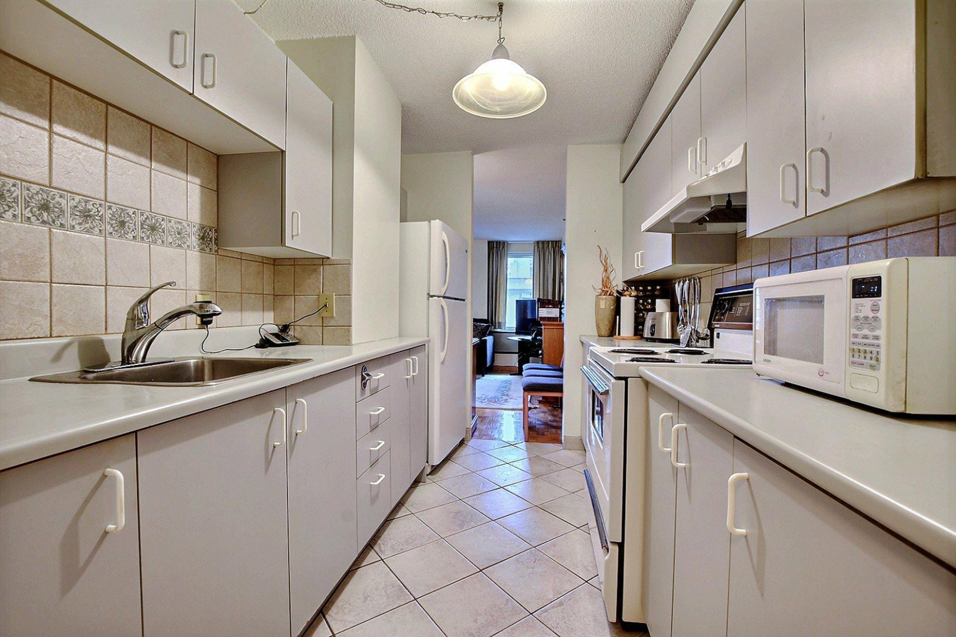 image 10 - Appartement À vendre Montréal Ville-Marie  - 3 pièces