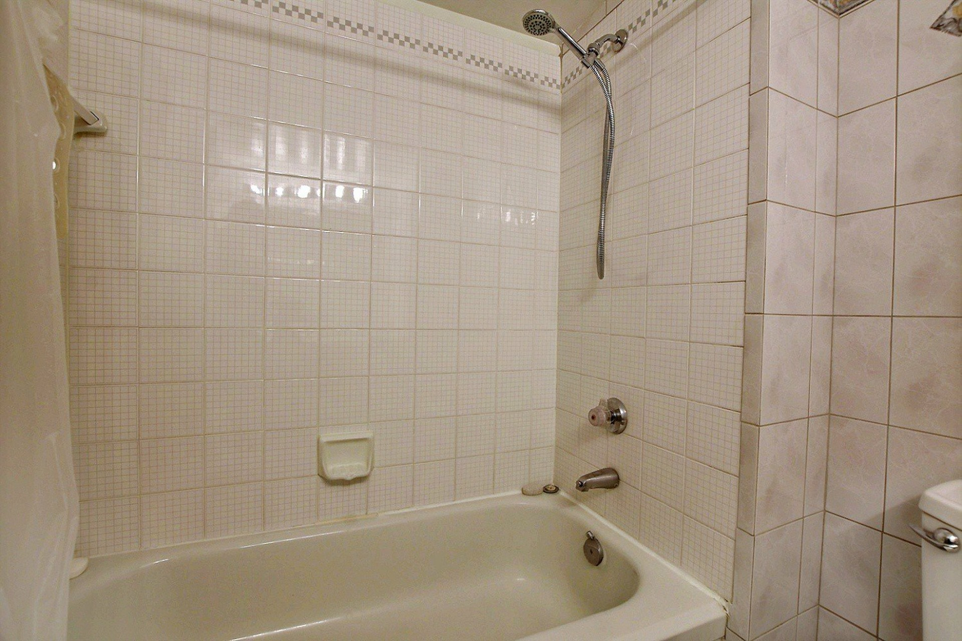 image 16 - Appartement À vendre Montréal Ville-Marie  - 3 pièces