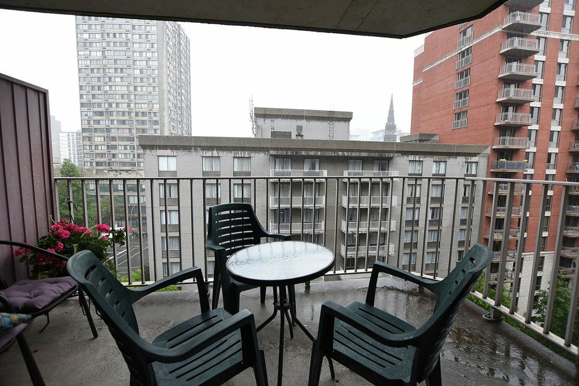 image 17 - Appartement À vendre Montréal Ville-Marie  - 3 pièces