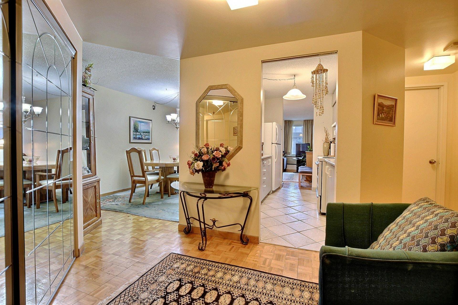 image 5 - Appartement À vendre Montréal Ville-Marie  - 3 pièces