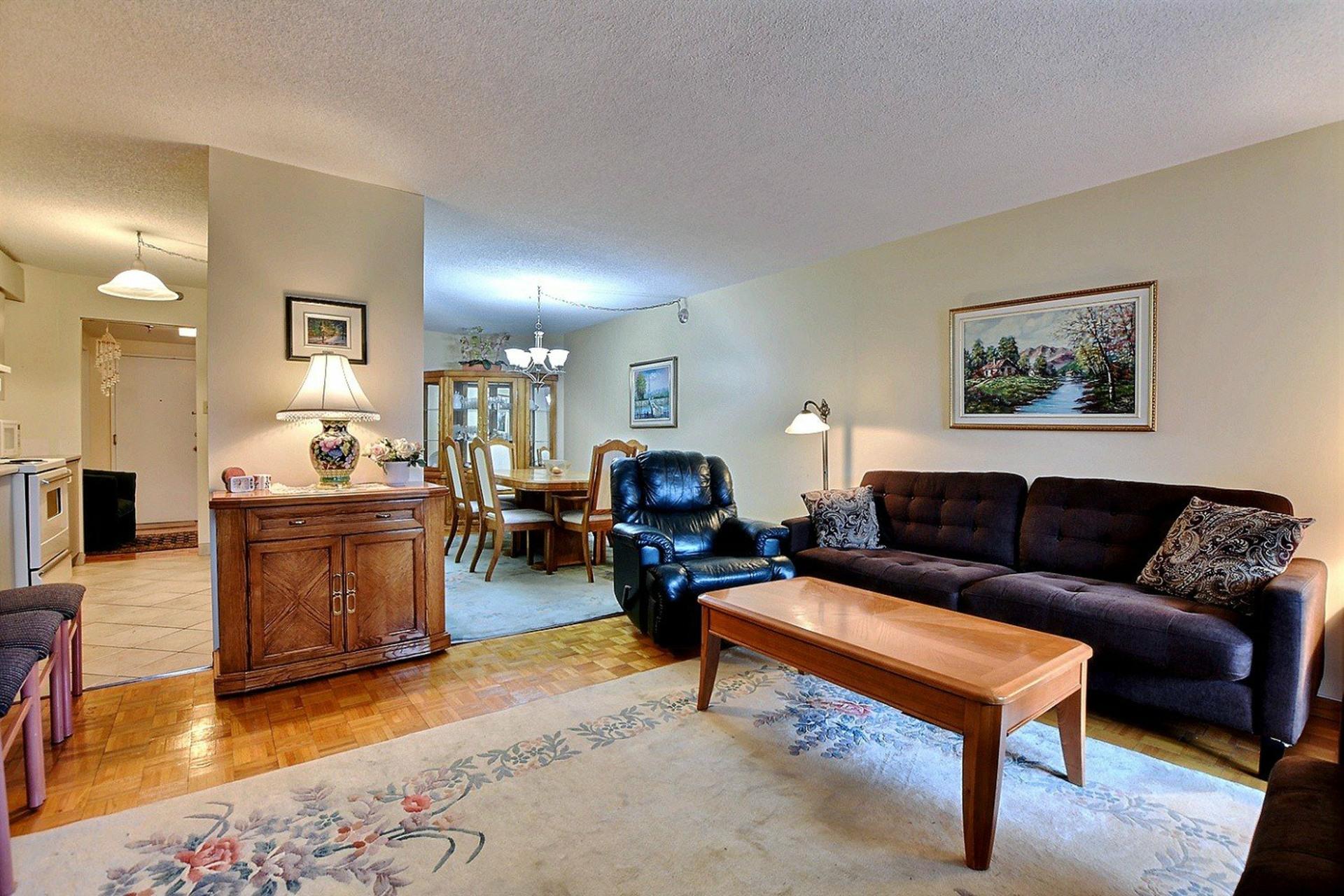 image 4 - Appartement À vendre Montréal Ville-Marie  - 3 pièces