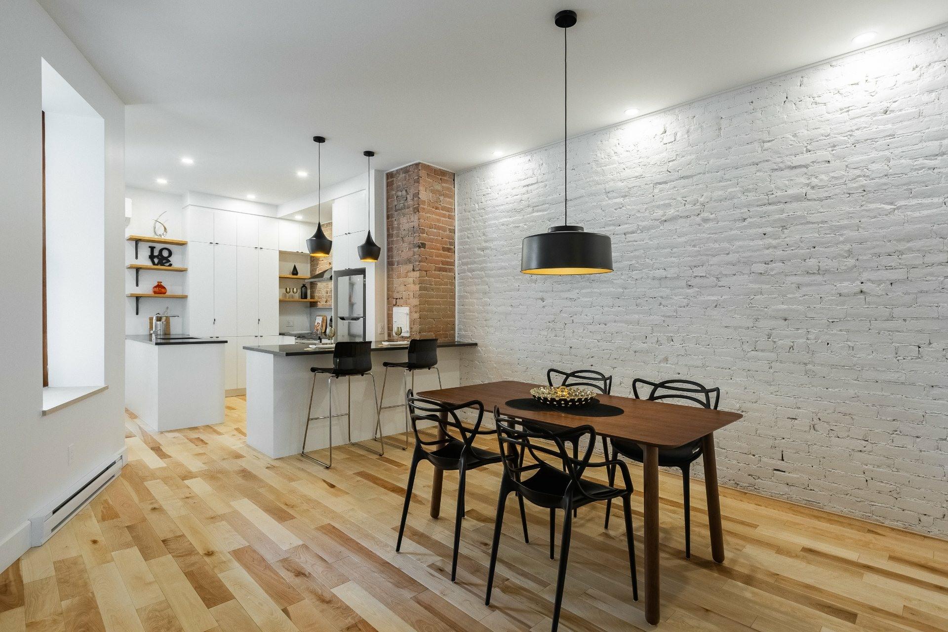 image 3 - Appartement À louer Montréal Le Plateau-Mont-Royal  - 9 pièces