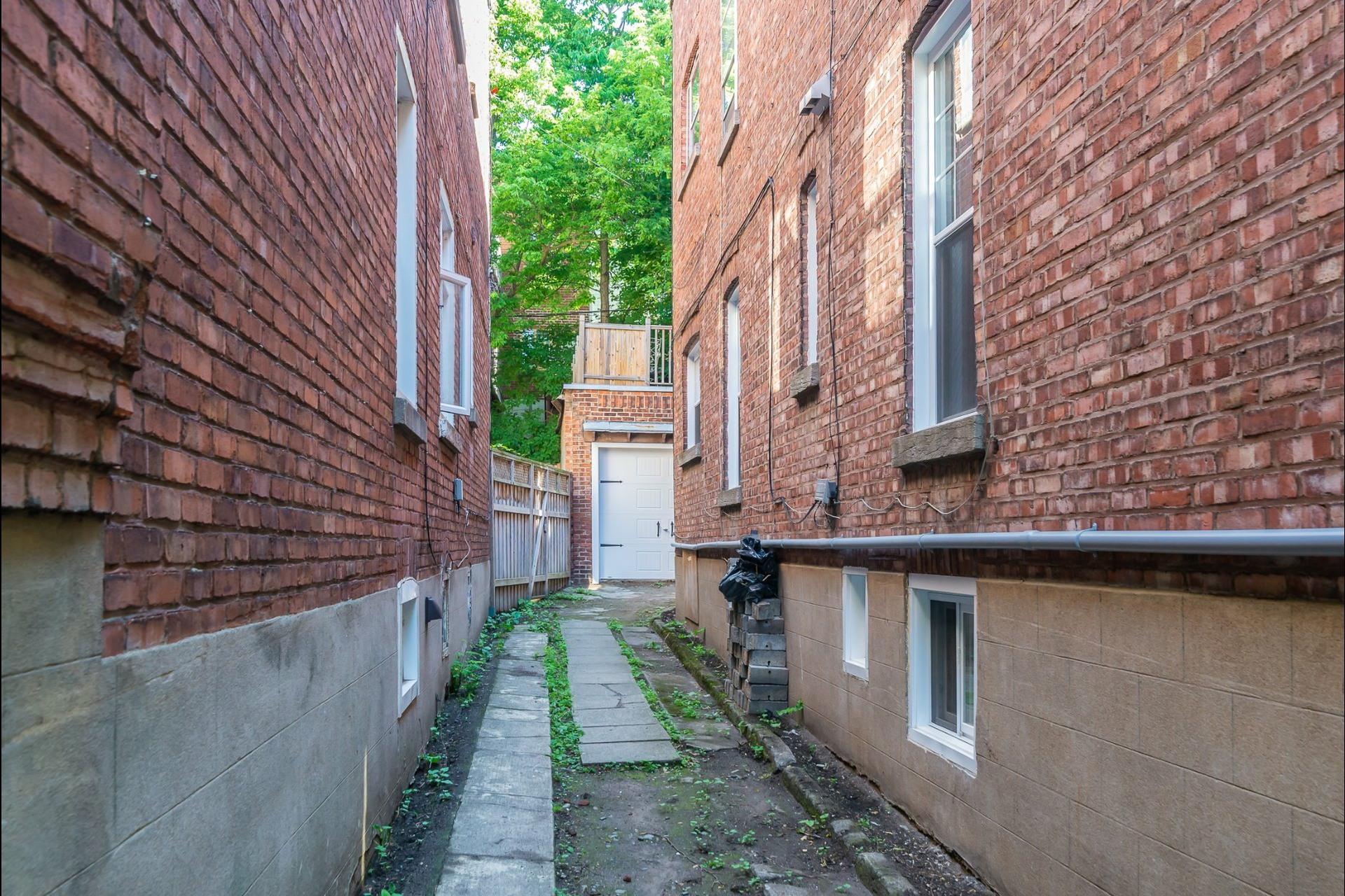 image 21 - Appartement À vendre Montréal Côte-des-Neiges/Notre-Dame-de-Grâce  - 9 pièces