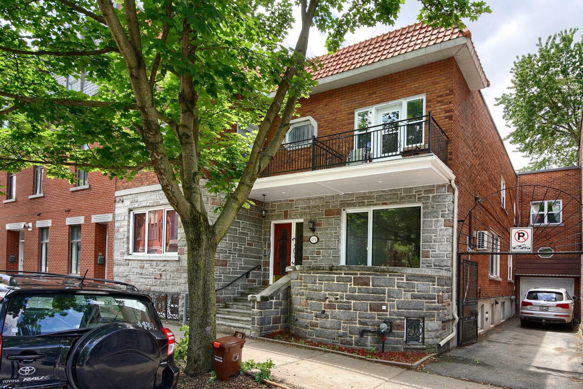 image 0 - Appartement À louer Montréal Ville-Marie  - 10 pièces