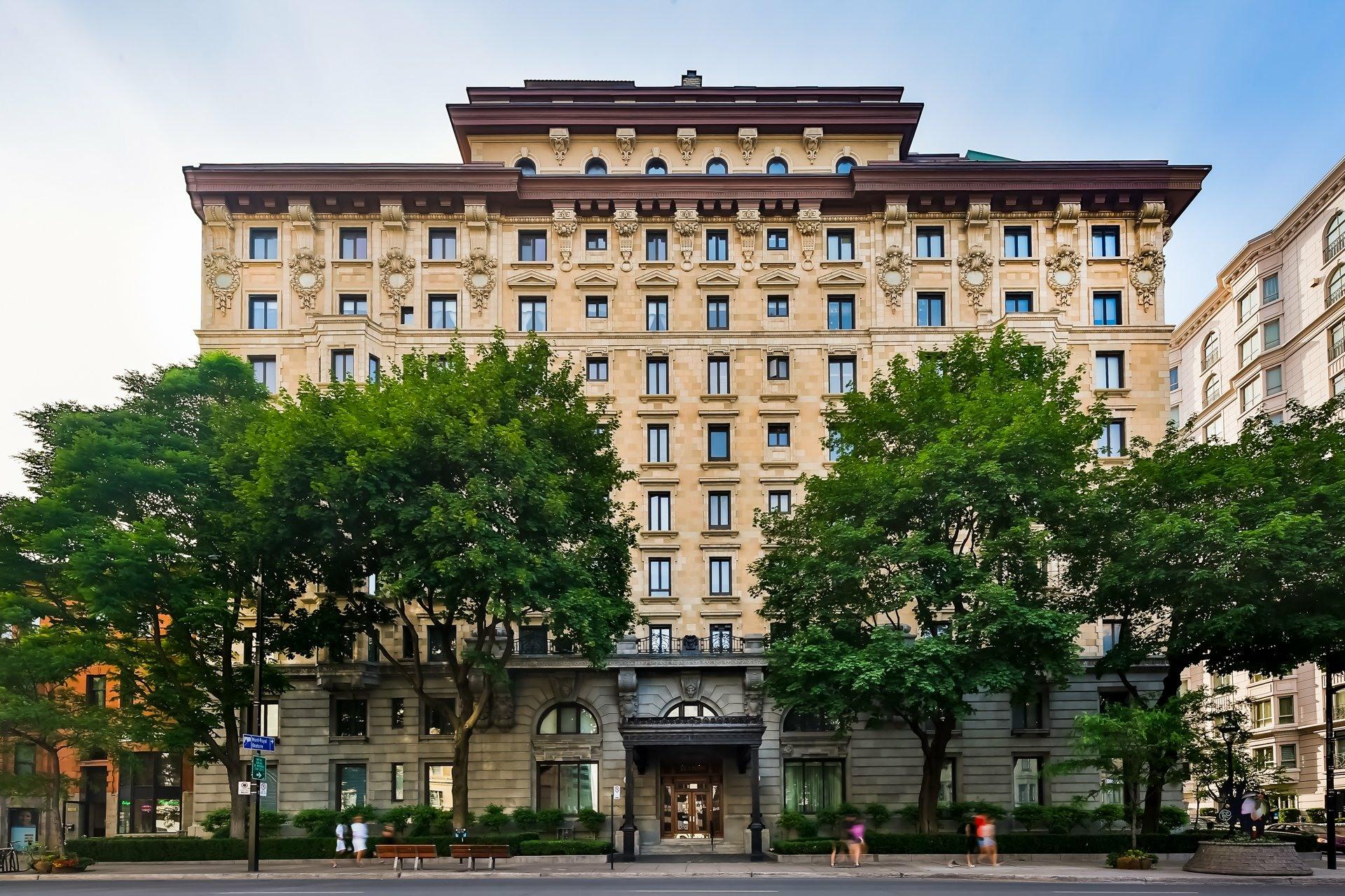 image 0 - Appartement À vendre Montréal Ville-Marie  - 6 pièces