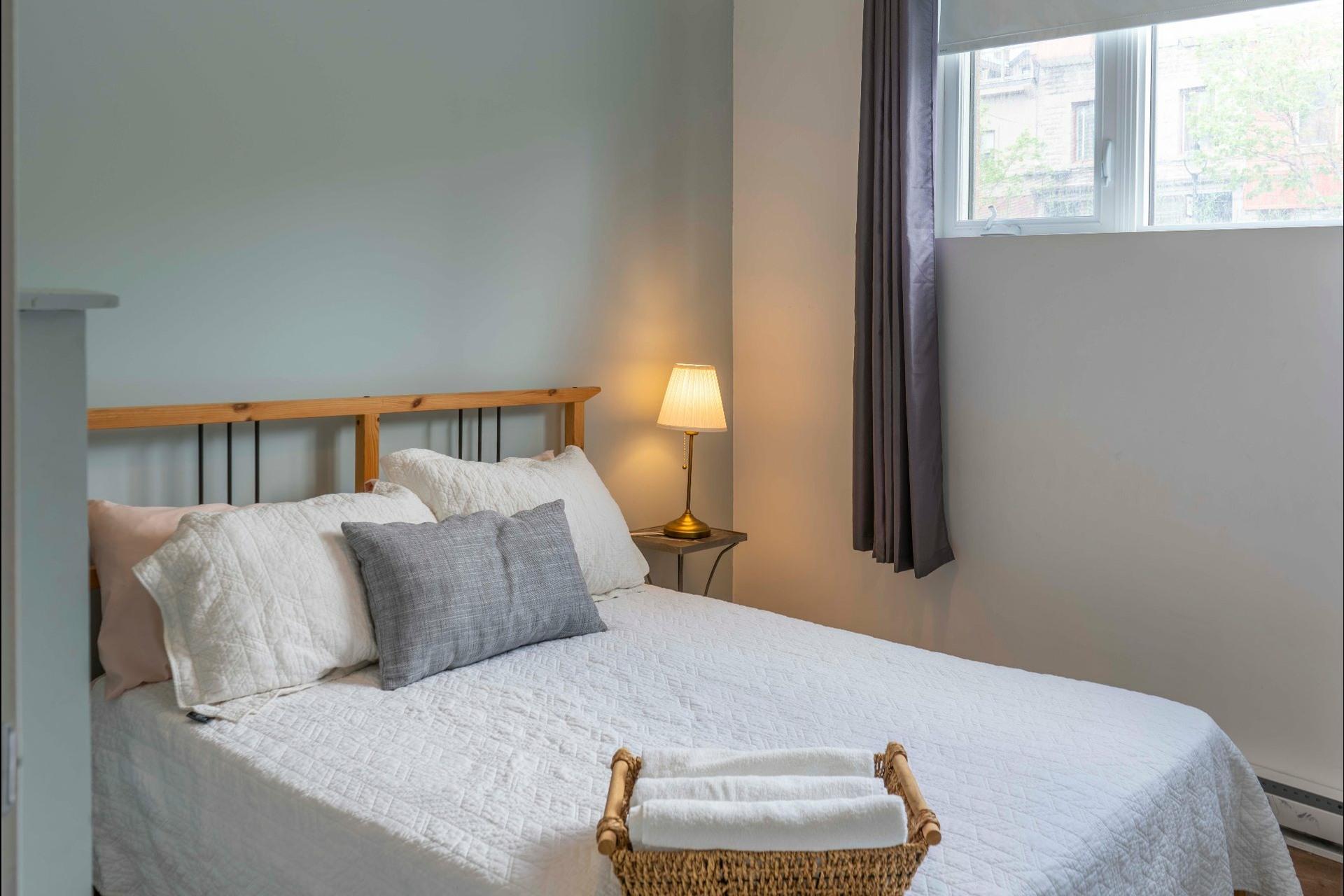 image 6 - Apartment For sale Montréal Le Sud-Ouest  - 5 rooms