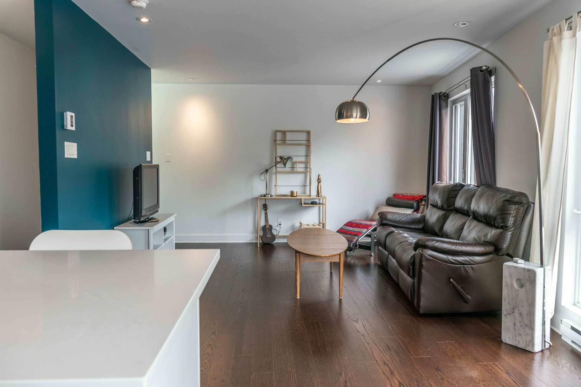 image 4 - Apartment For sale Montréal Le Sud-Ouest  - 5 rooms