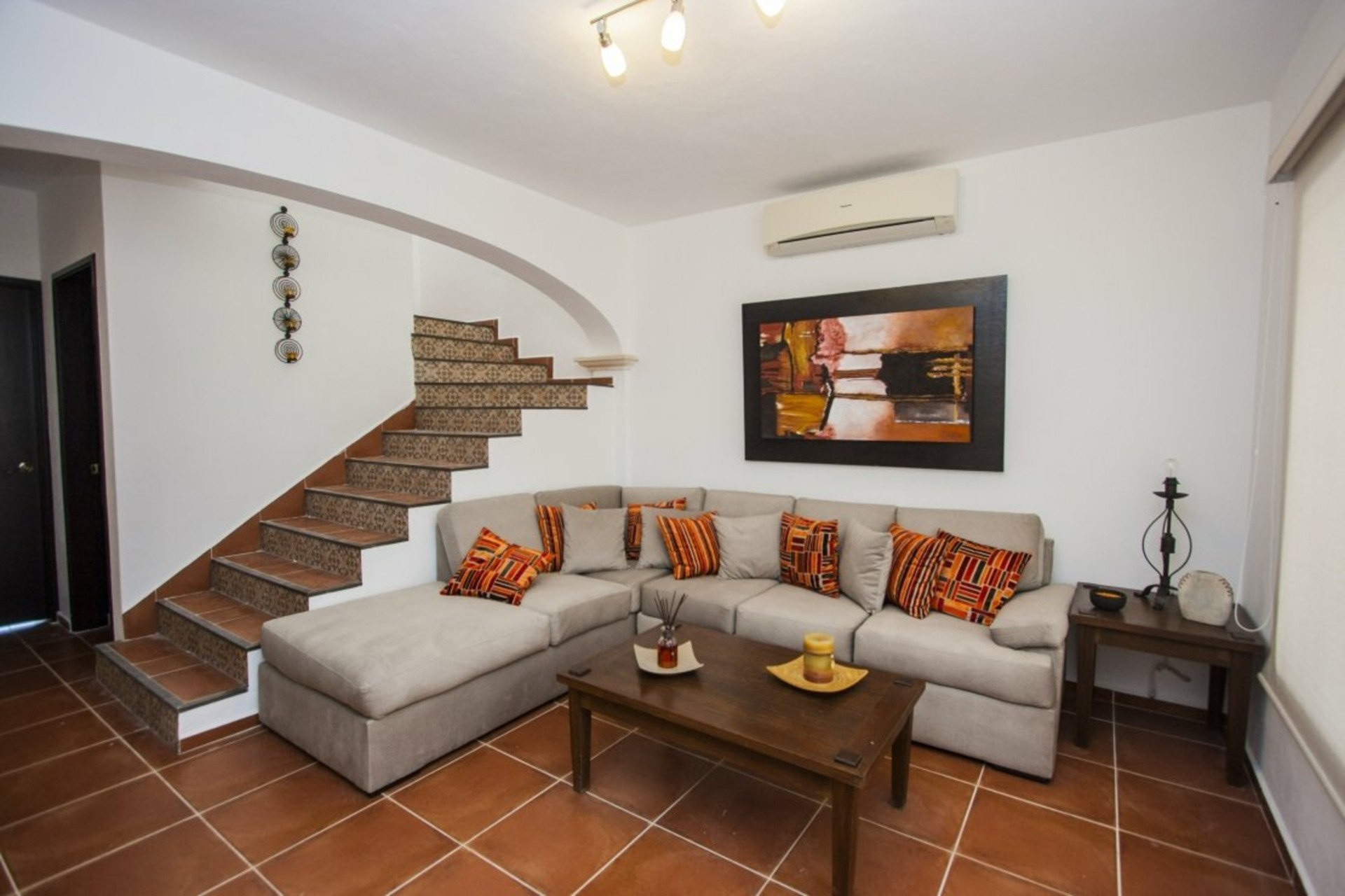 image 1 - House For sale Autres pays / Other countries - 9 rooms