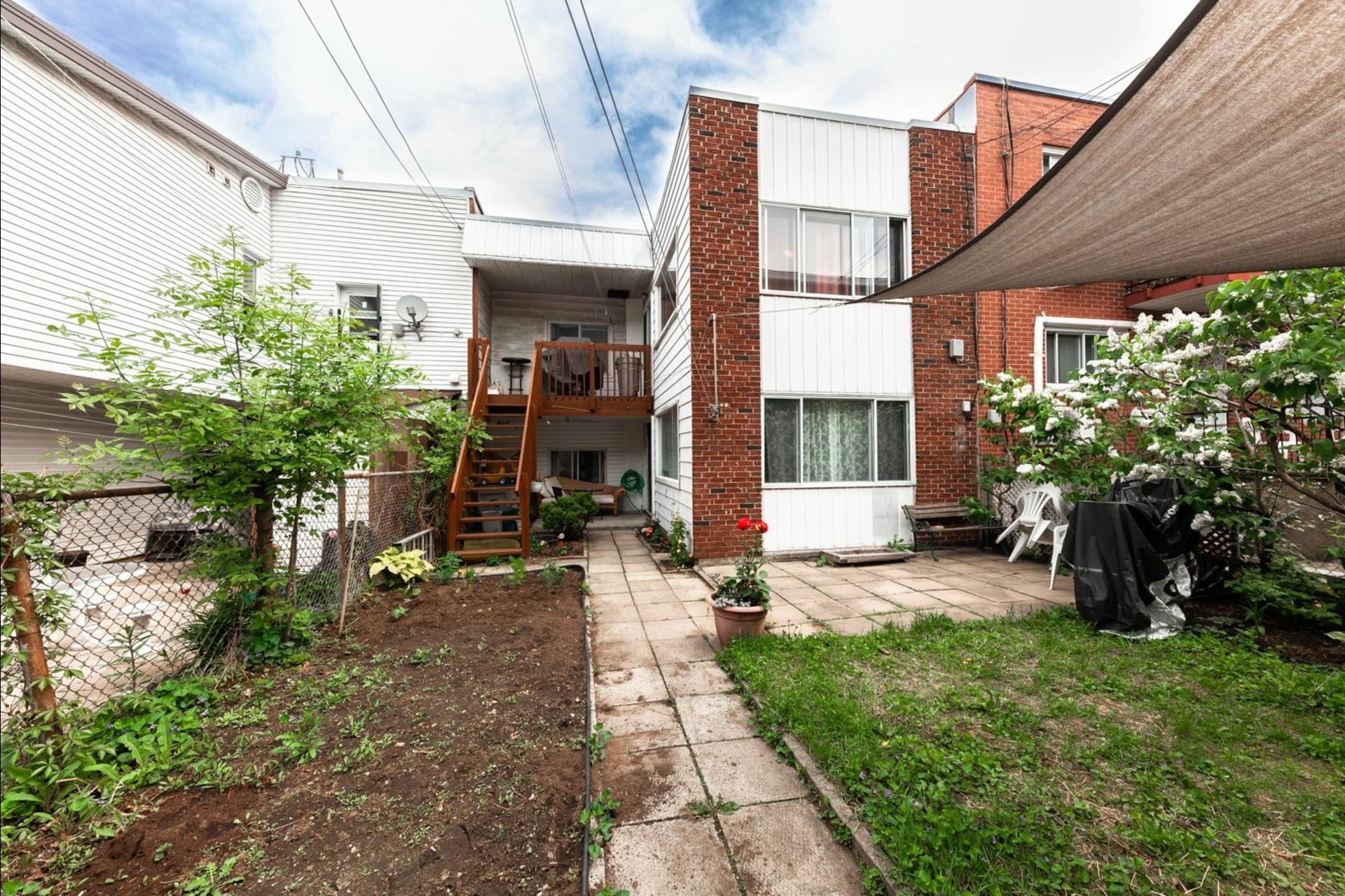 image 8 - Duplex À vendre Montréal Villeray/Saint-Michel/Parc-Extension  - 6 pièces