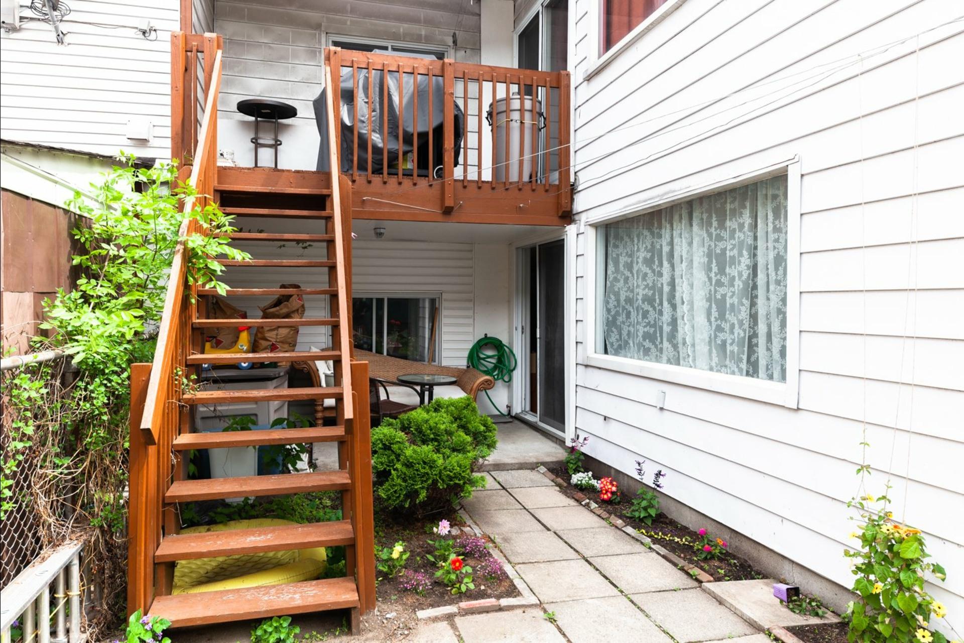 image 6 - Duplex À vendre Montréal Villeray/Saint-Michel/Parc-Extension  - 6 pièces
