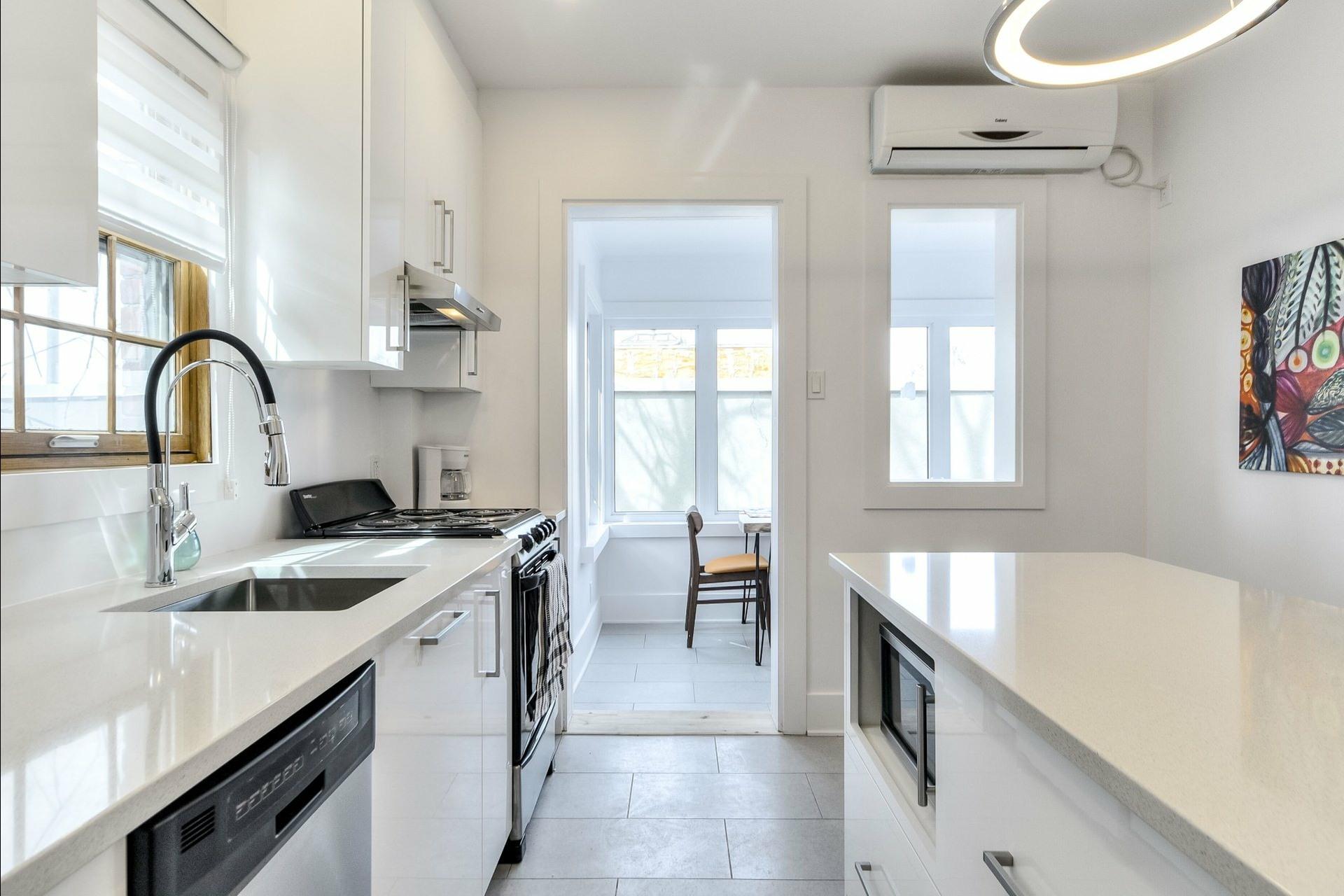 image 30 - Immeuble à revenus À vendre Montréal Villeray/Saint-Michel/Parc-Extension  - 3 pièces