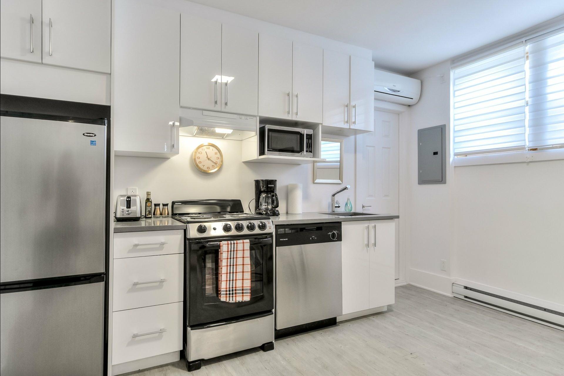 image 39 - Immeuble à revenus À vendre Montréal Villeray/Saint-Michel/Parc-Extension  - 3 pièces