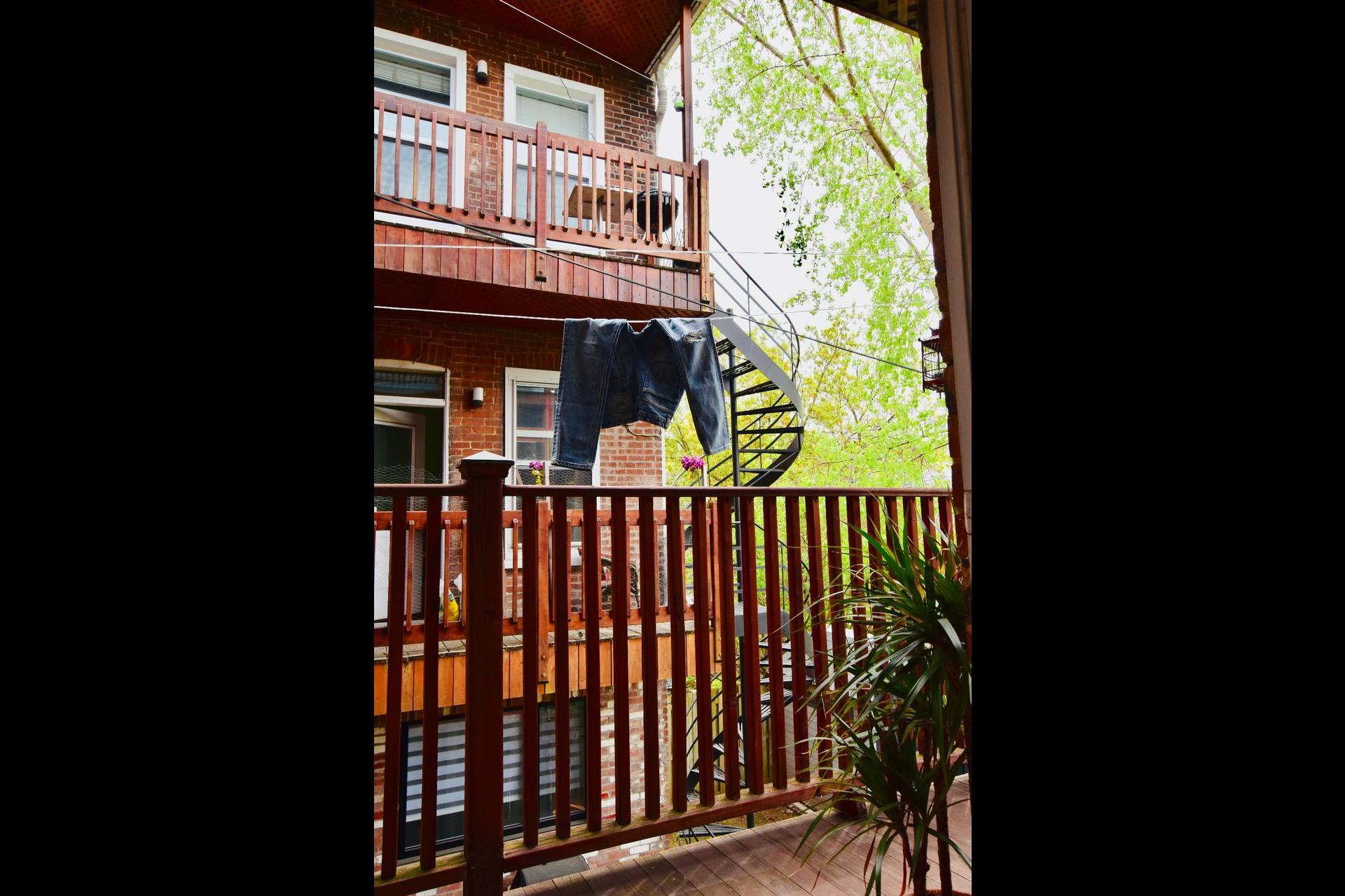 image 26 - Maison À louer Montréal Le Plateau-Mont-Royal  - 14 pièces