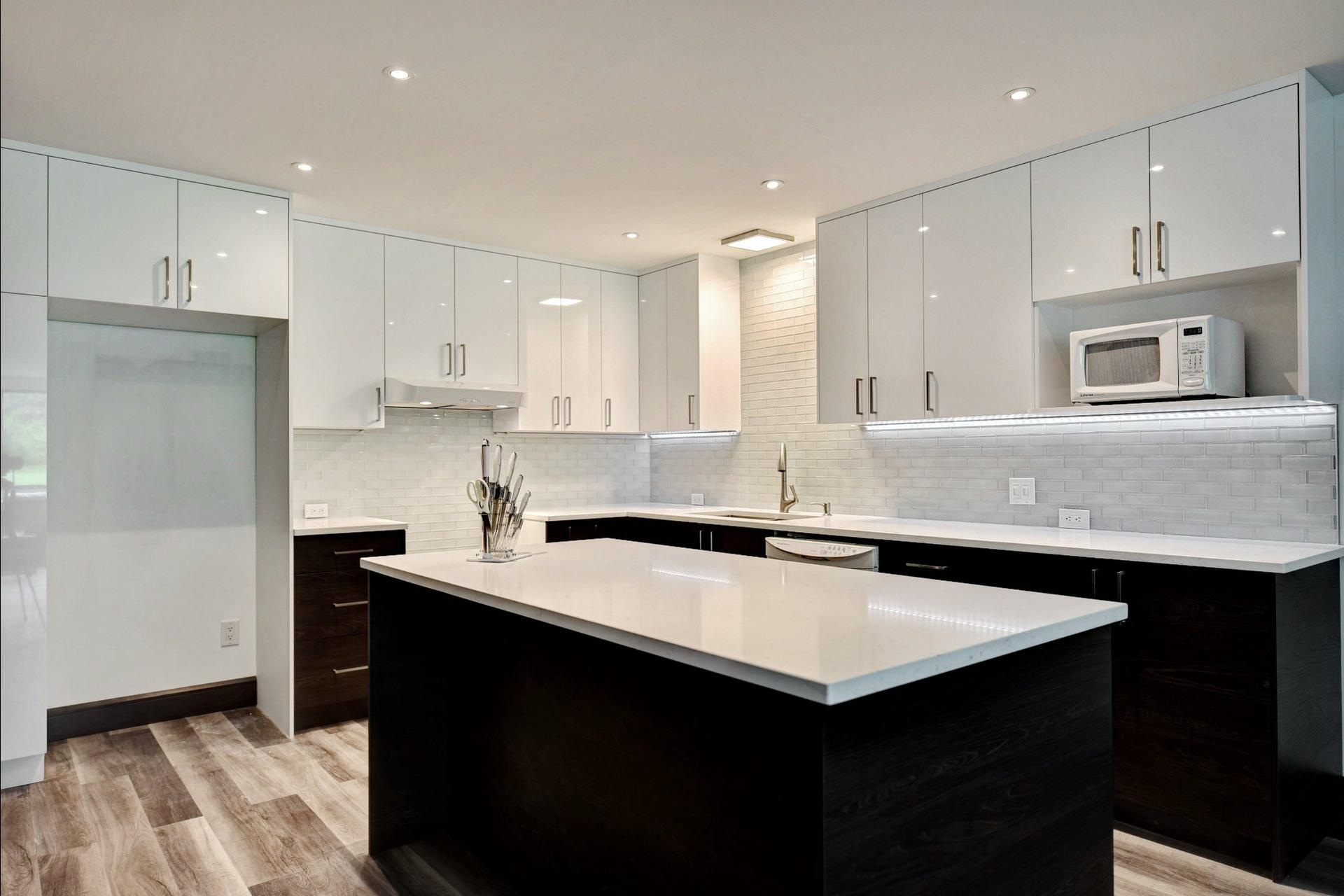 image 13 - Appartement À vendre Montréal Verdun/Île-des-Soeurs  - 8 pièces
