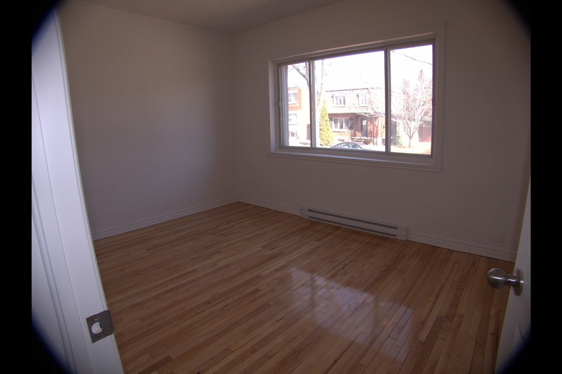 image 1 - Apartment For rent Montréal Lachine  - 4 rooms