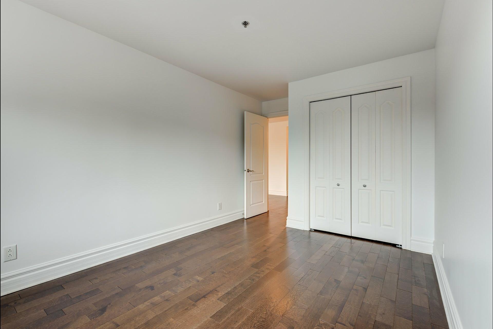 image 16 - Appartement À vendre Montréal Ville-Marie  - 4 pièces
