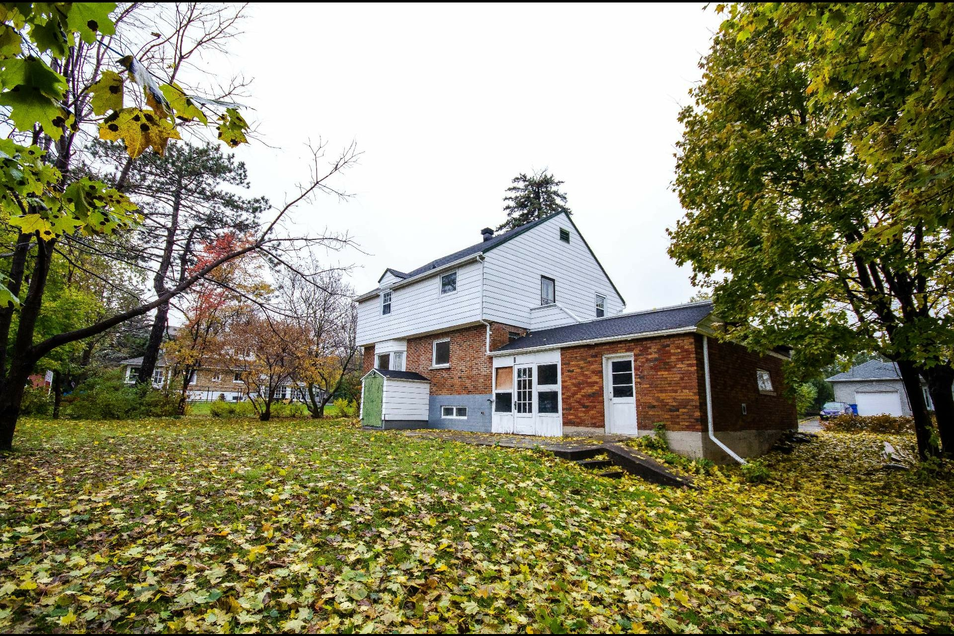 image 26 - House For sale Châteauguay - 8 rooms