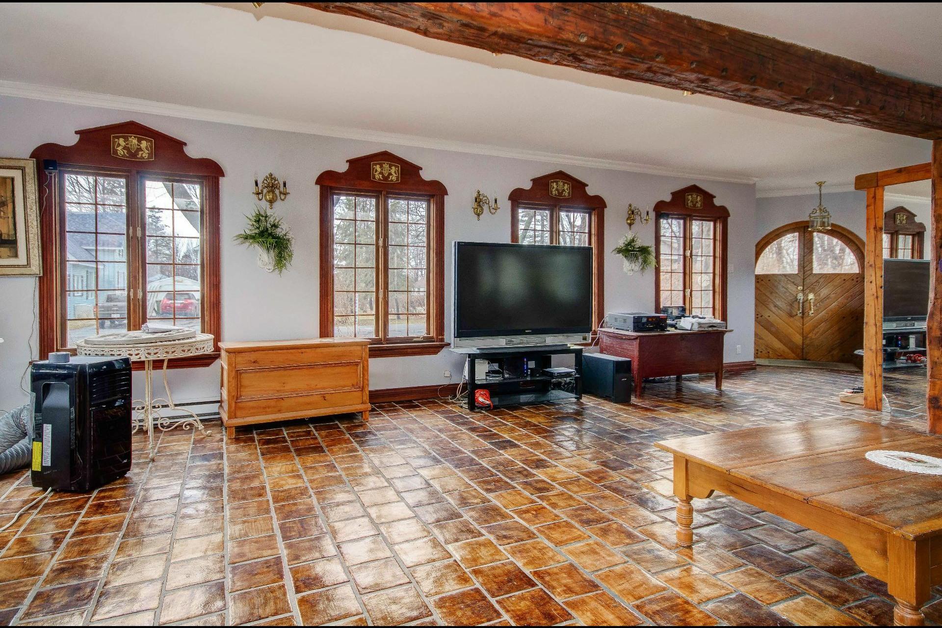 image 10 - Maison À vendre Châteauguay - 12 pièces